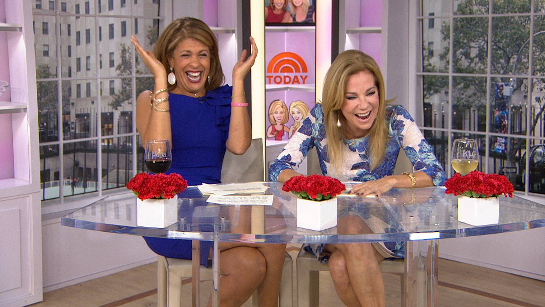 Kathyleegiffordnude Complete kathie lee, hoda and regis have a revealing moment, thanks to