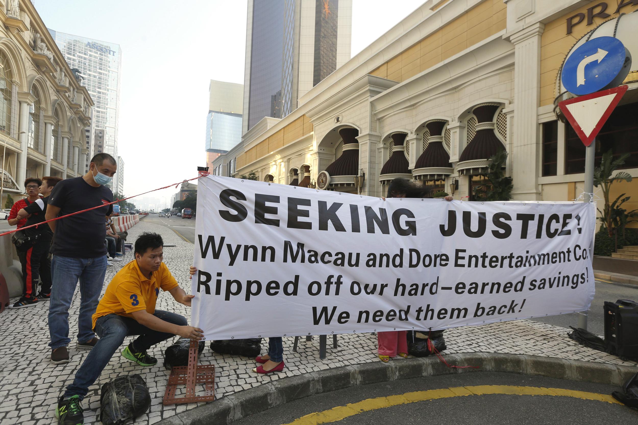 Macau's Gambling Business Rides Out Losing Streak