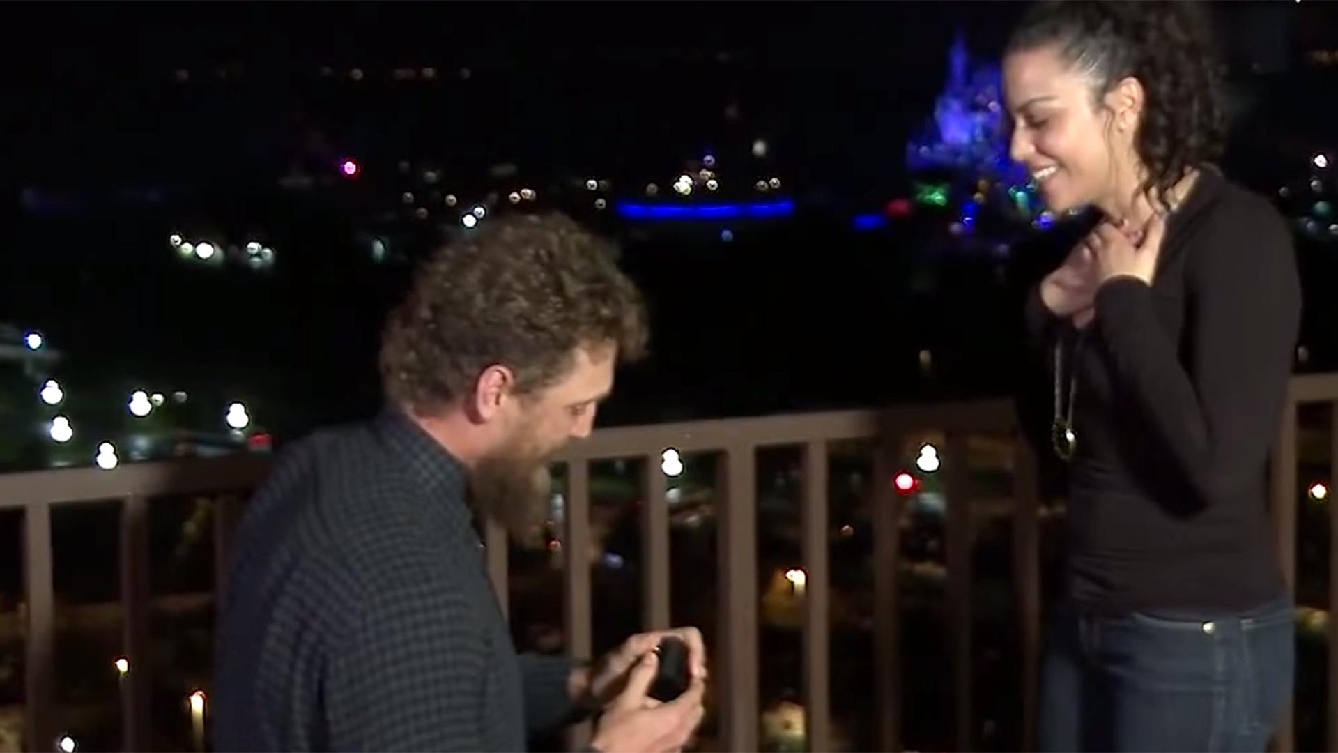 Mlb Star Hunter Pence Pulls Off Magical Wedding Proposal At Disney World