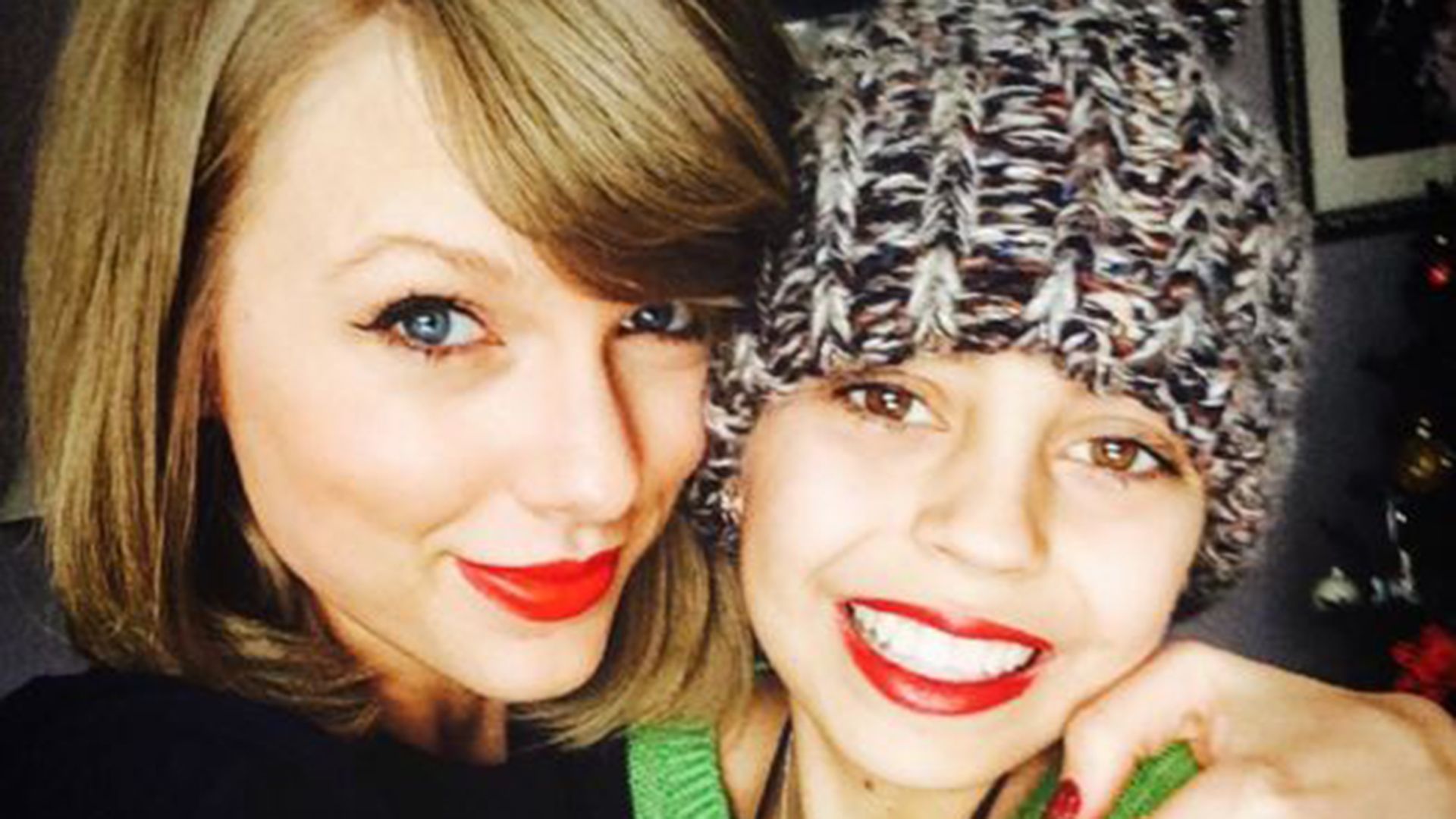 'Best present ever!' Taylor Swift visits young fan with ...
