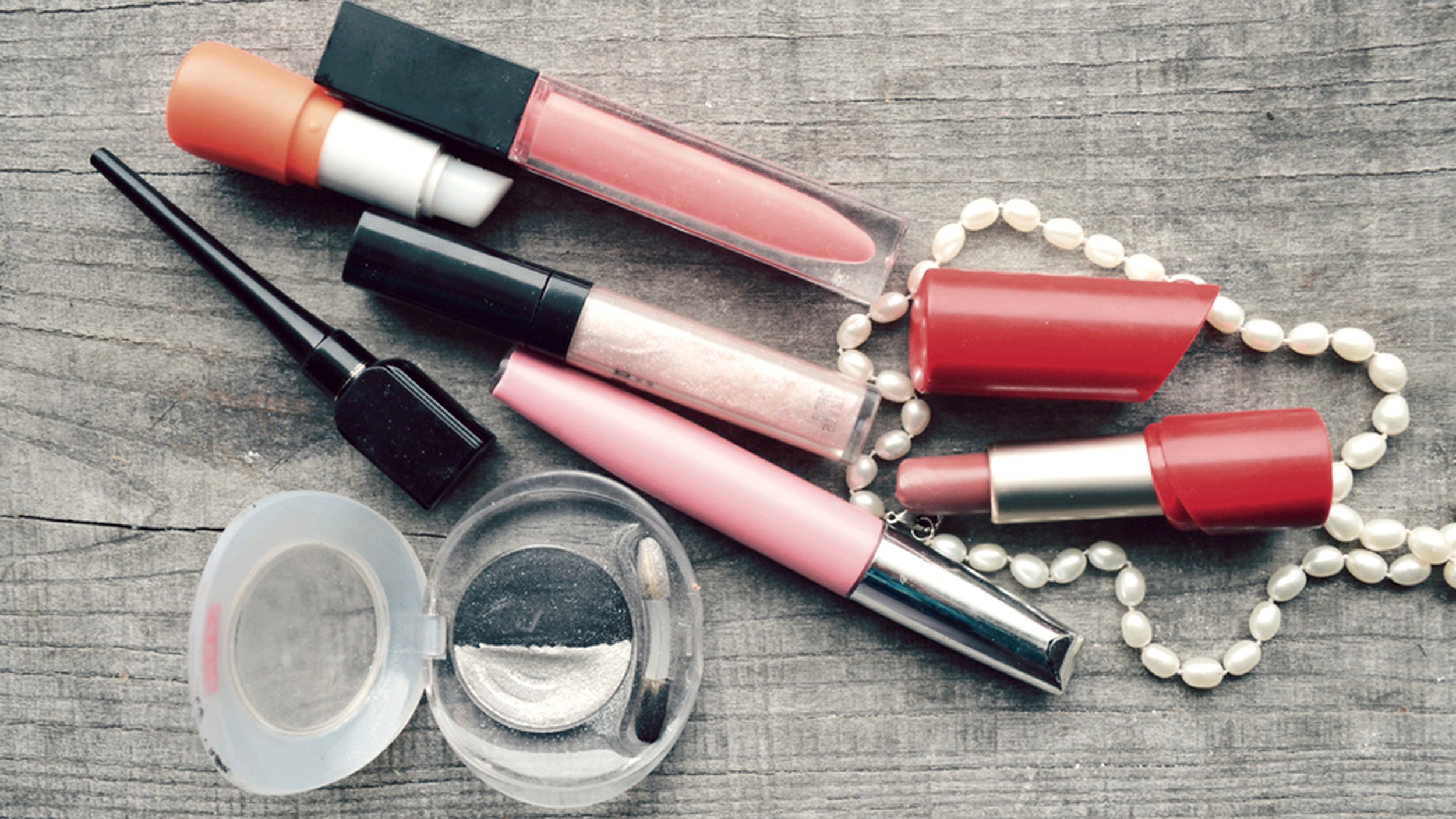 Is it time to throw out your makeup? 5 ways to know when to toss the