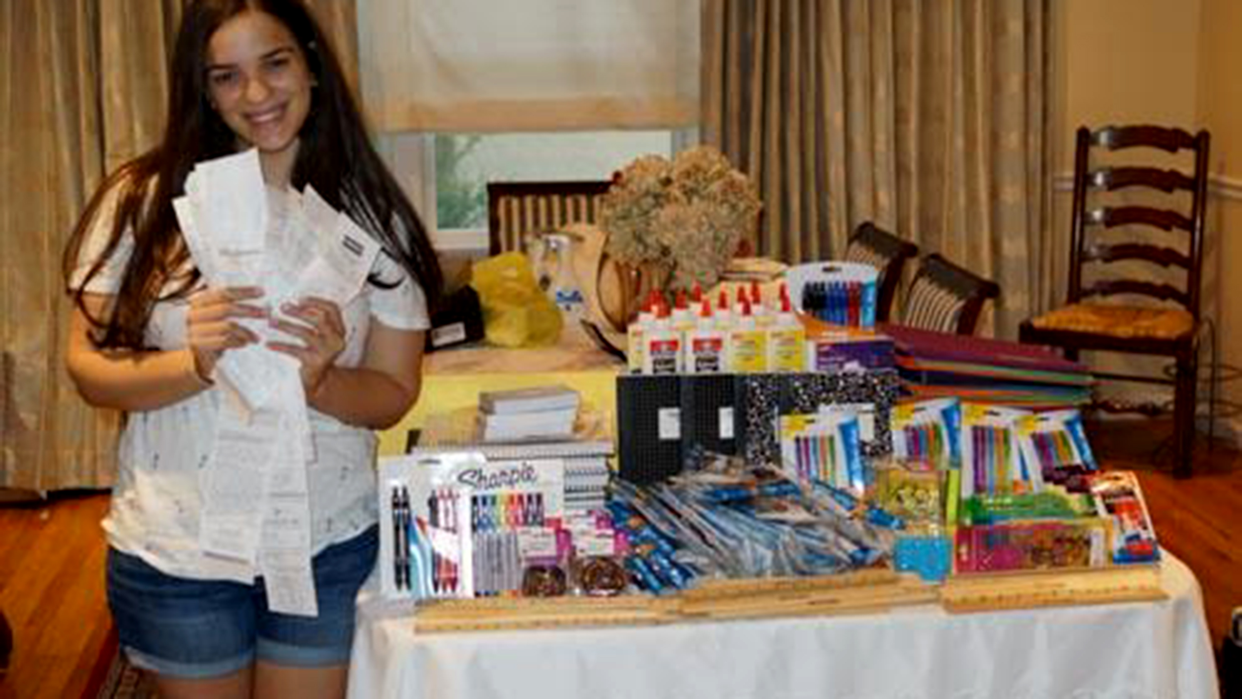 College Student Uses Coupon Clipping Skills To Donate Over 110 000 To Charities
