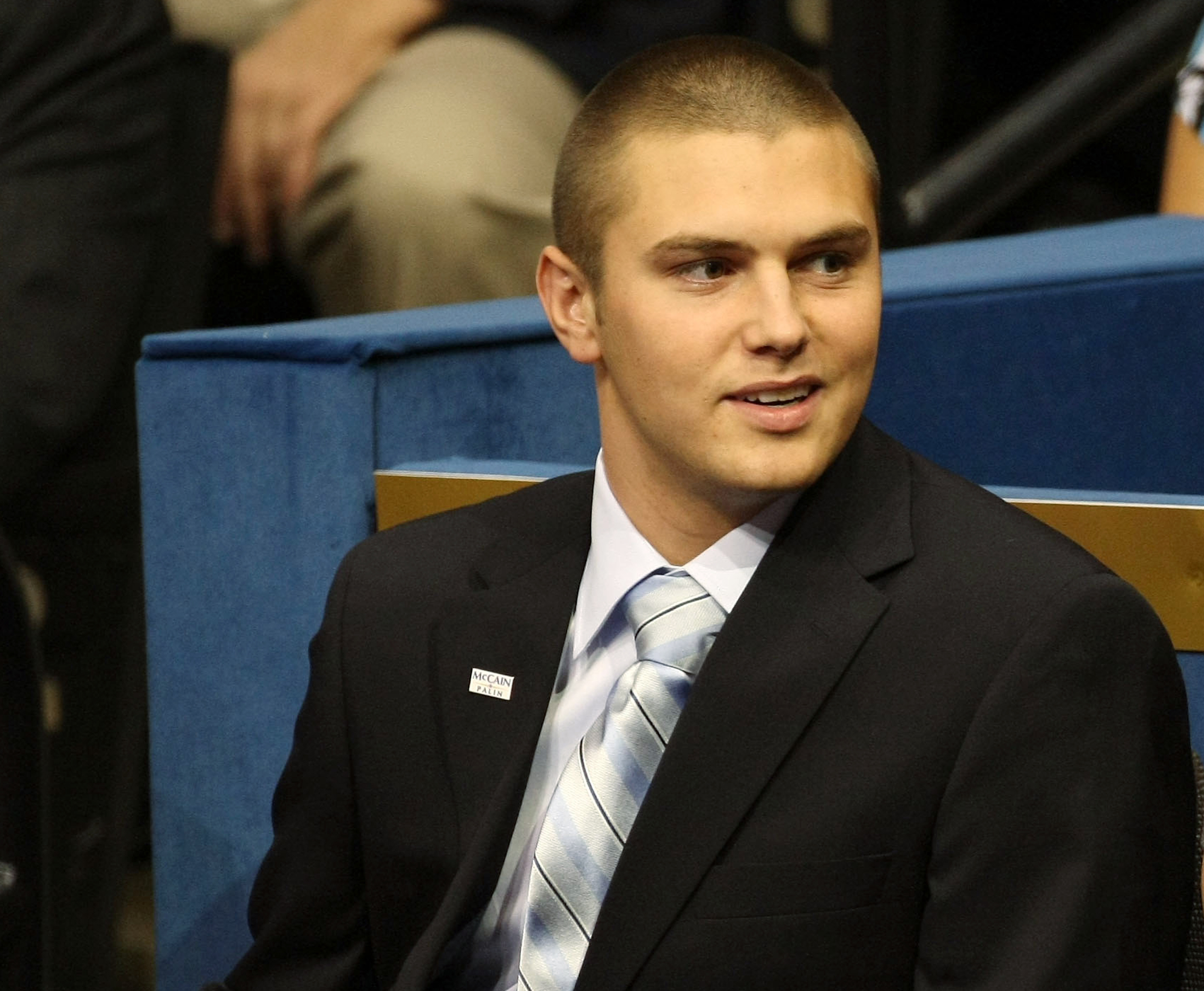 Track palin oldest son of sarah palin called officers peasants track palin oldest son of sarah palin called officers peasants before arrest altavistaventures Images