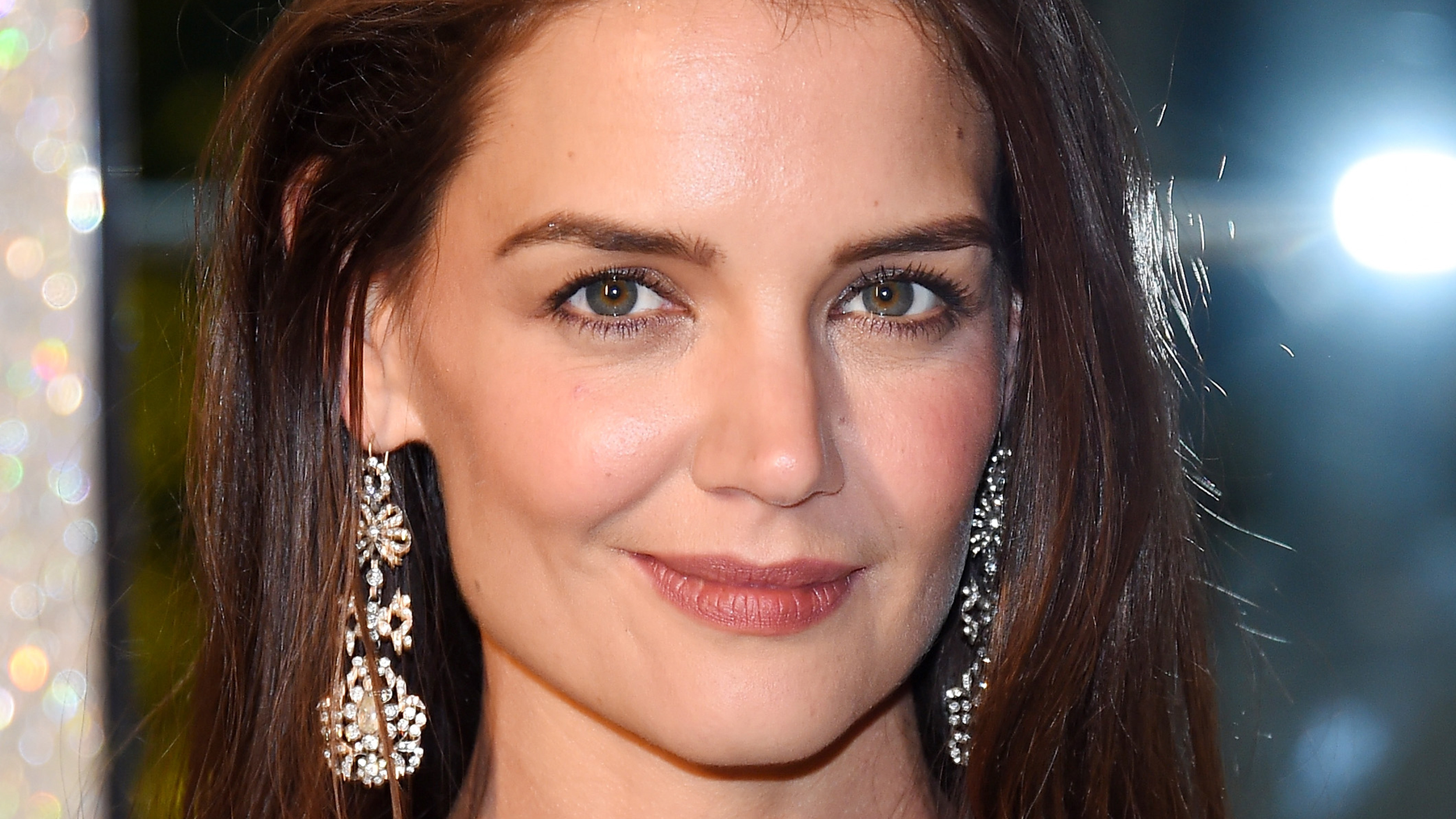 Does katie holmes have herpes