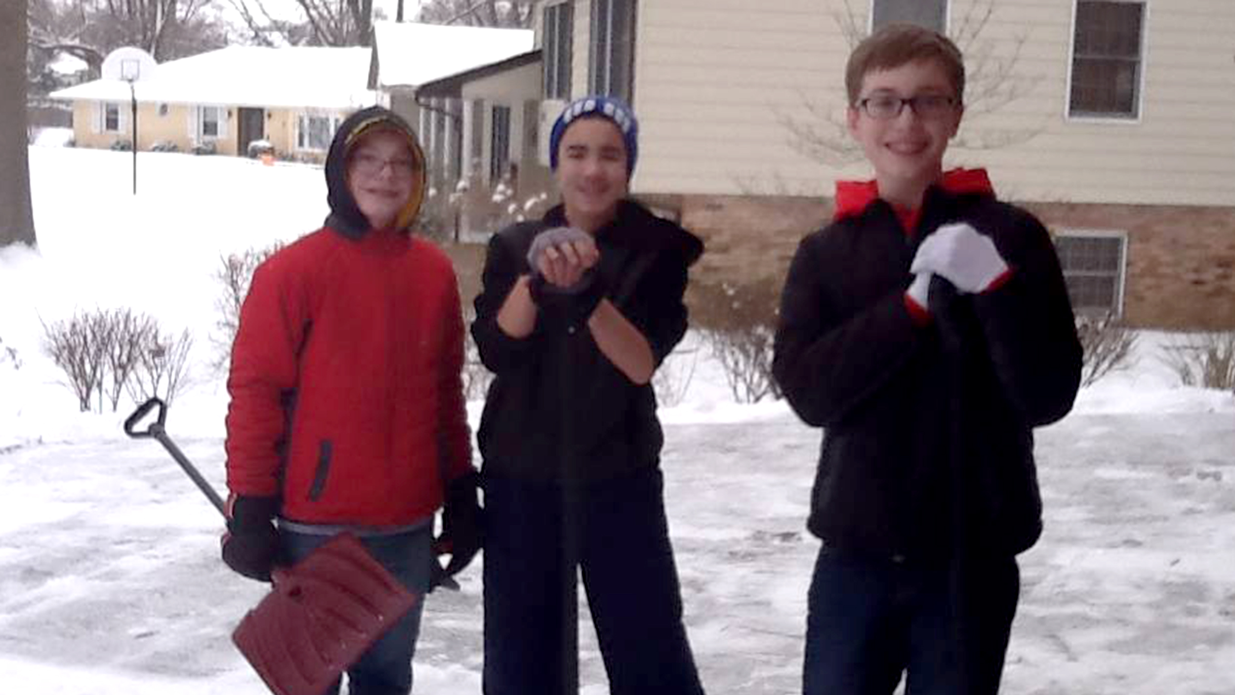 3 indiana boys volunteer to shovel snow from woman 39 s for Chip and joanna gaines meet and greet