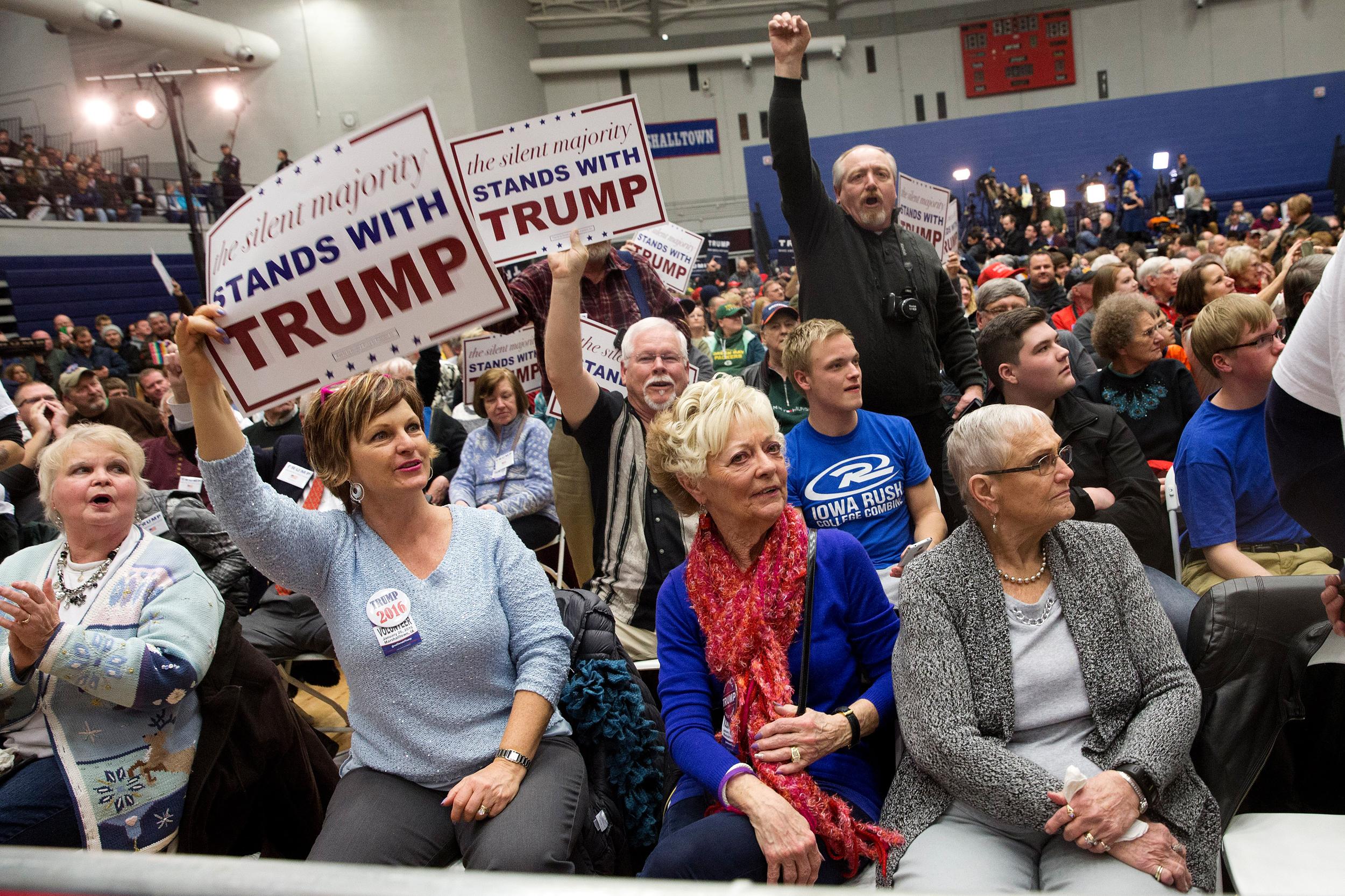Politics first draft mike huckabee attend donald trump event during news debate