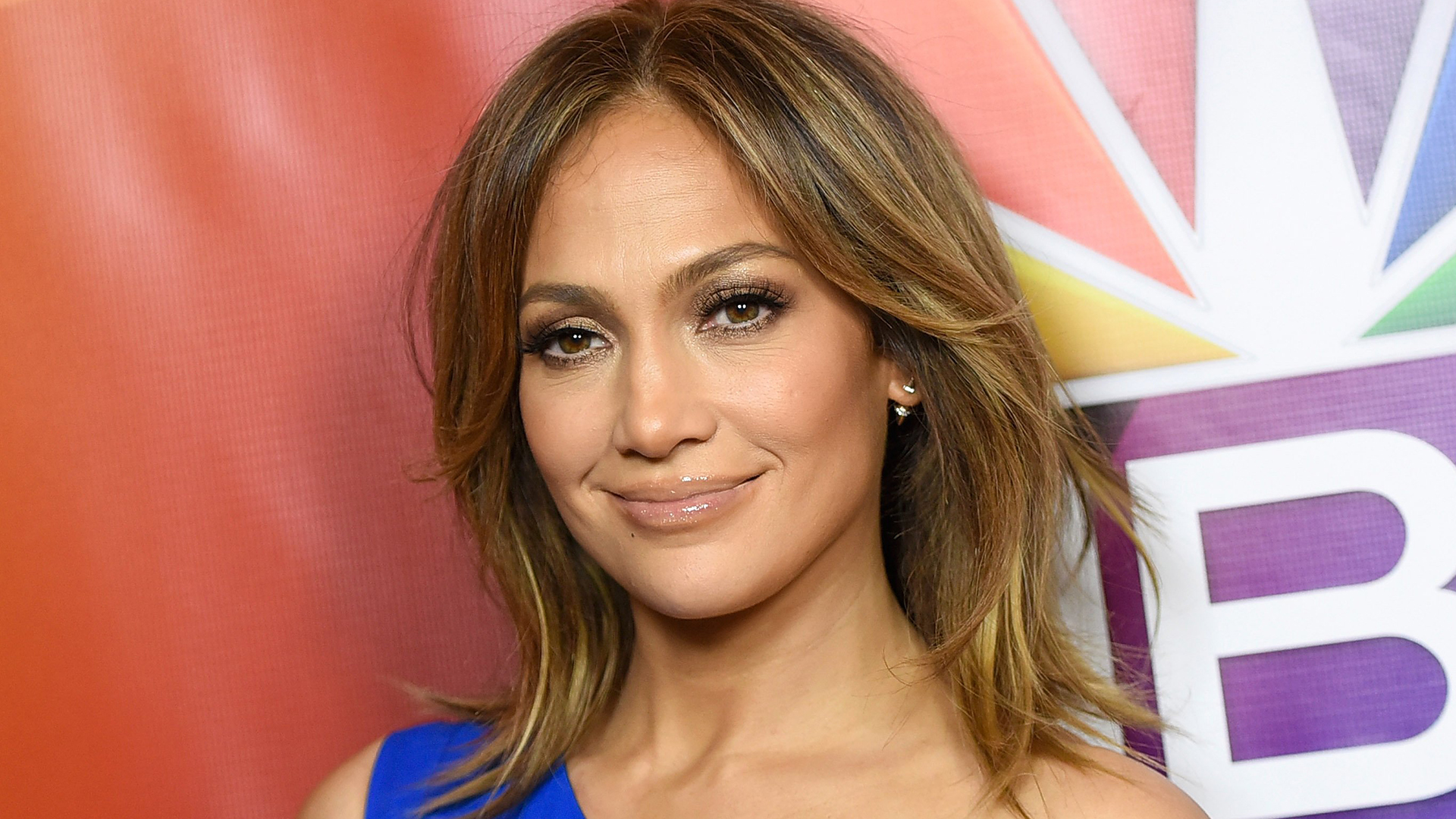 Jennifer Lopez goes totally makeup-free in funny Instagram clip - Today.com