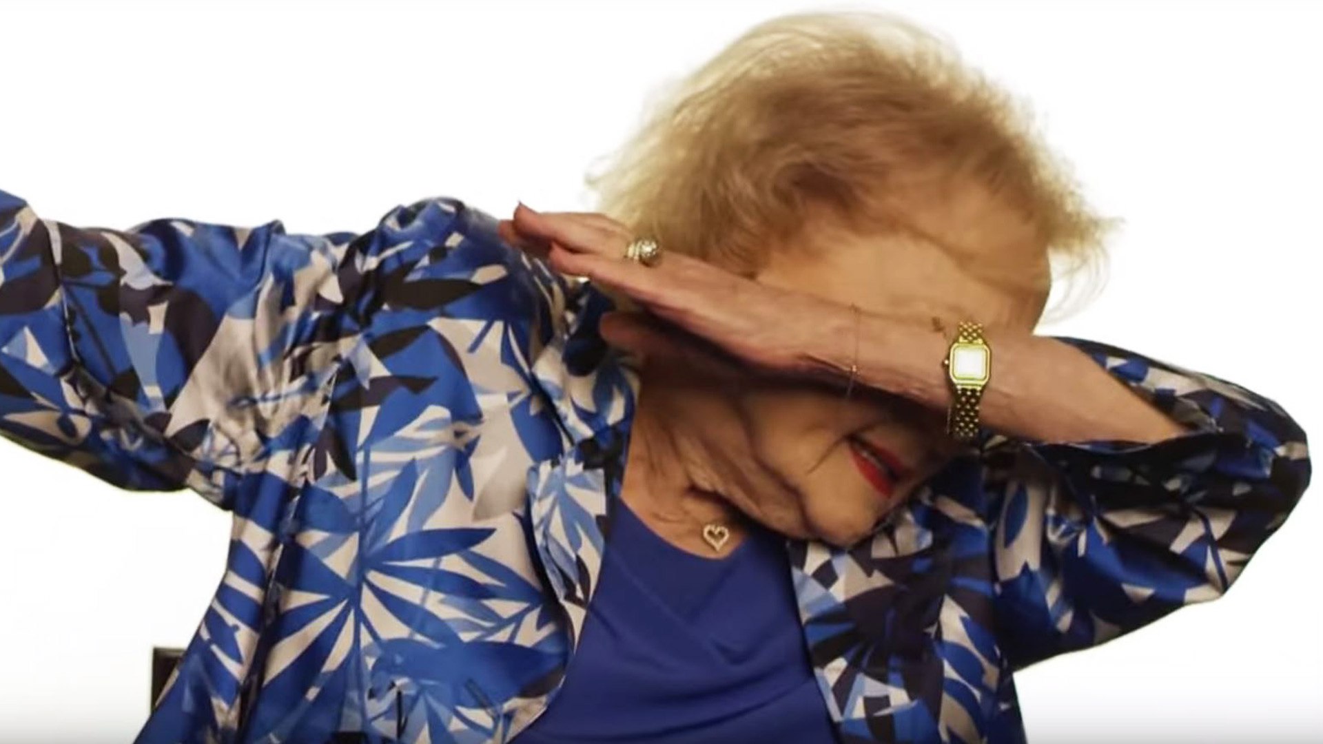 super bowl 50 betty white dabs says she taught cam