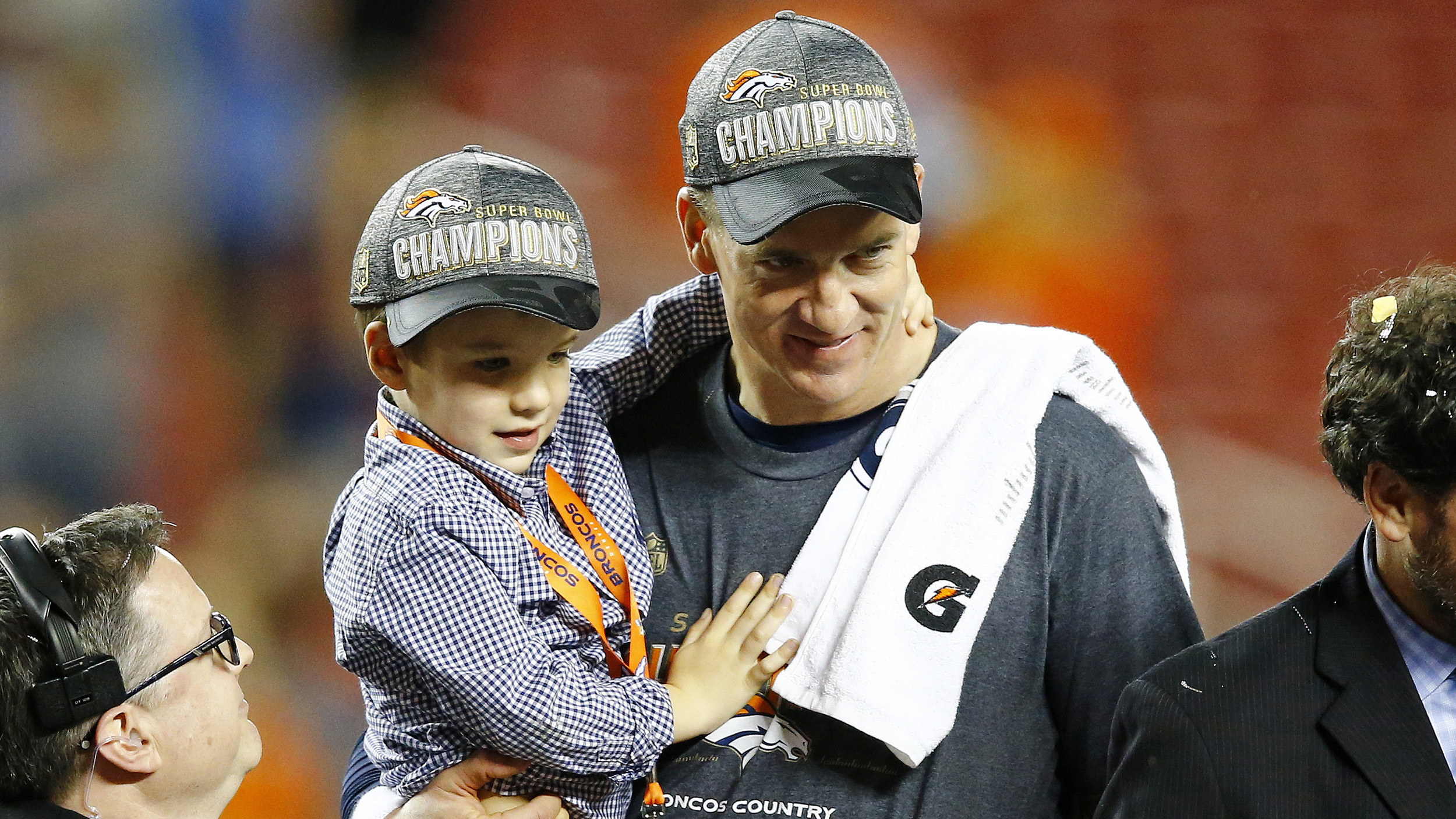 peyton manning wife. Super Bowl 50: See How Peyton Manning\u0027s Family Celebrates Broncos\u0027 Victory - TODAY.com Manning Wife