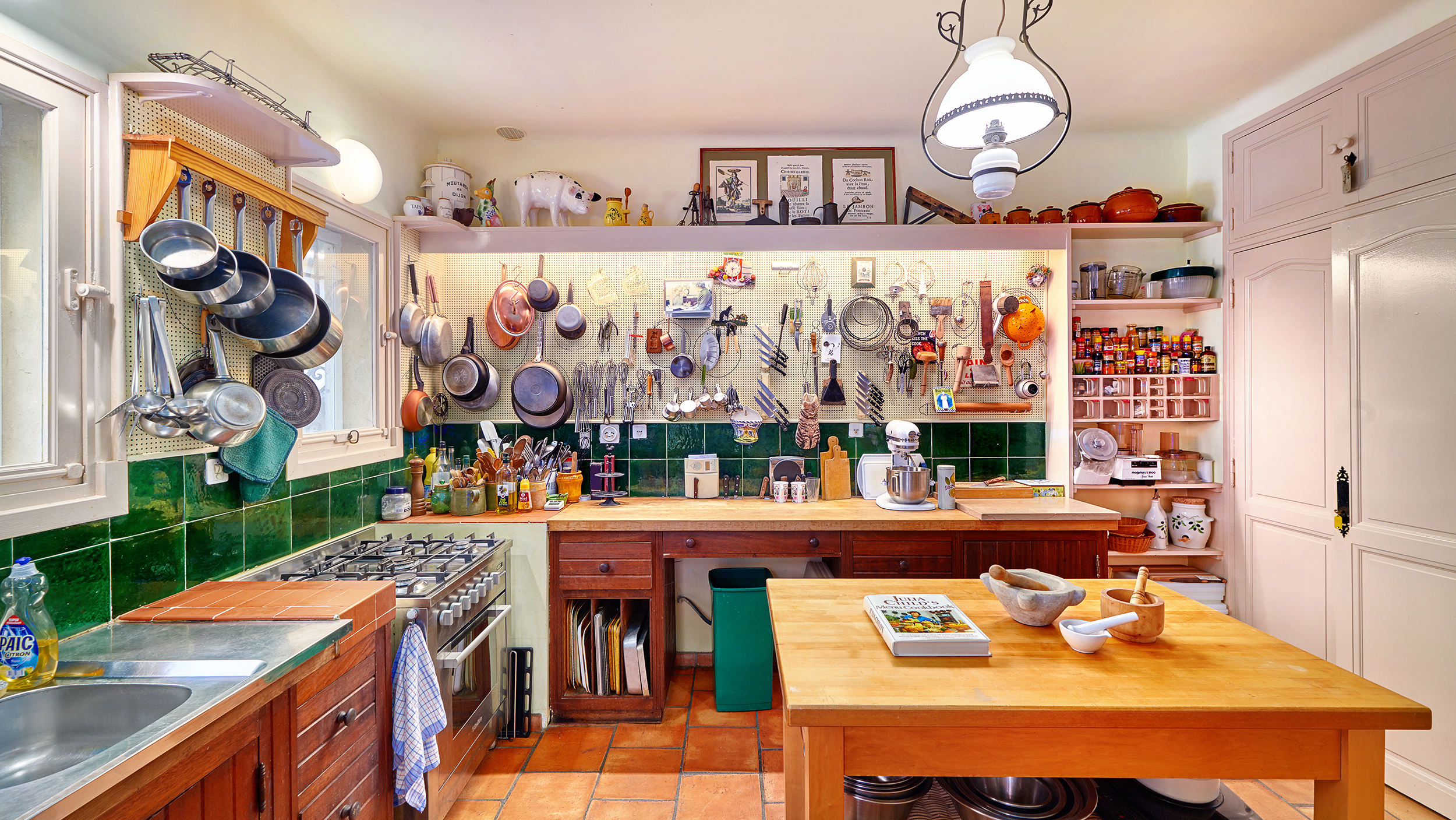 julia child's former french home to become a cooking and yoga