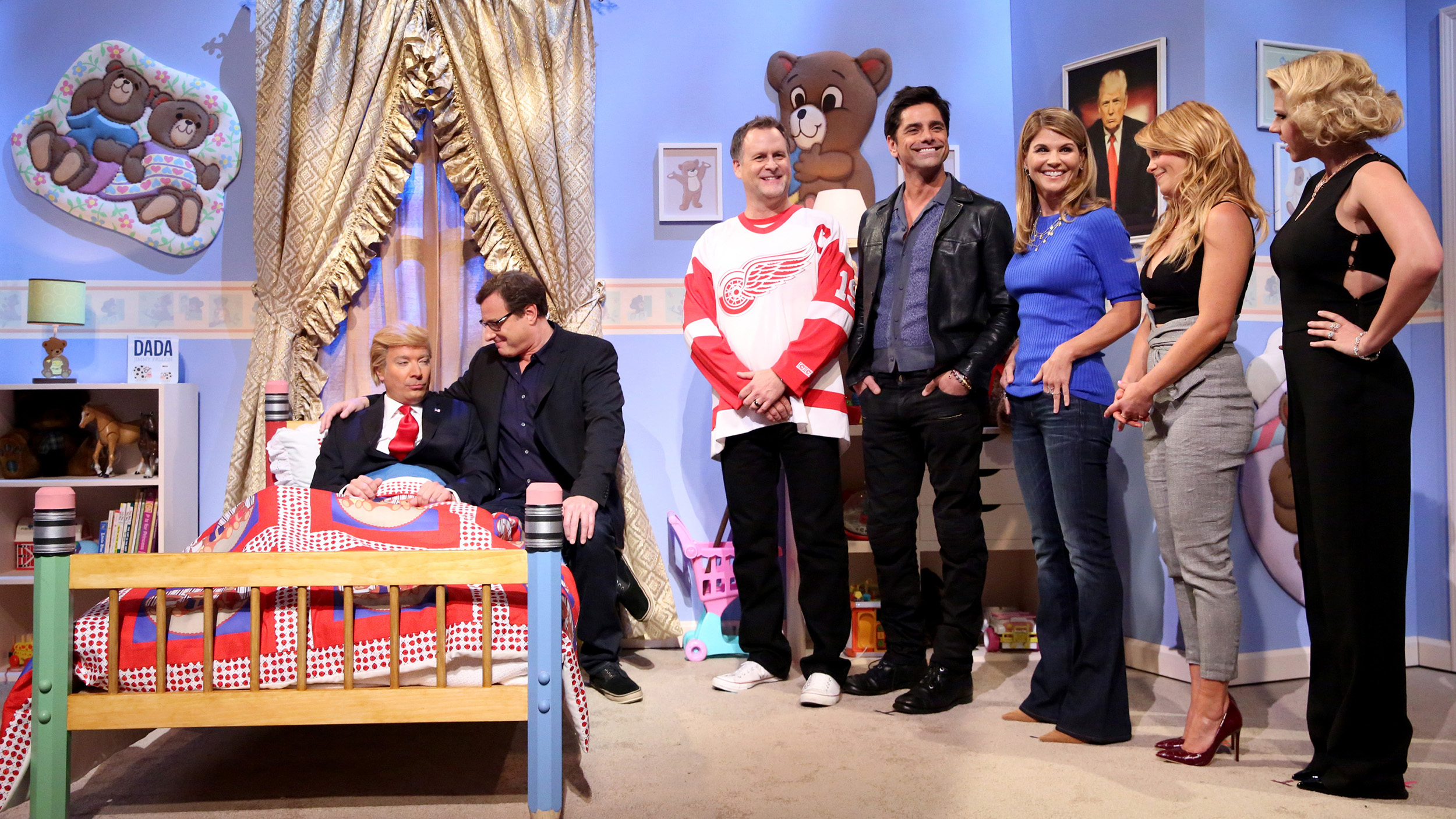 Full House cast reunites to cheer up Donald Trump on The Tonight
