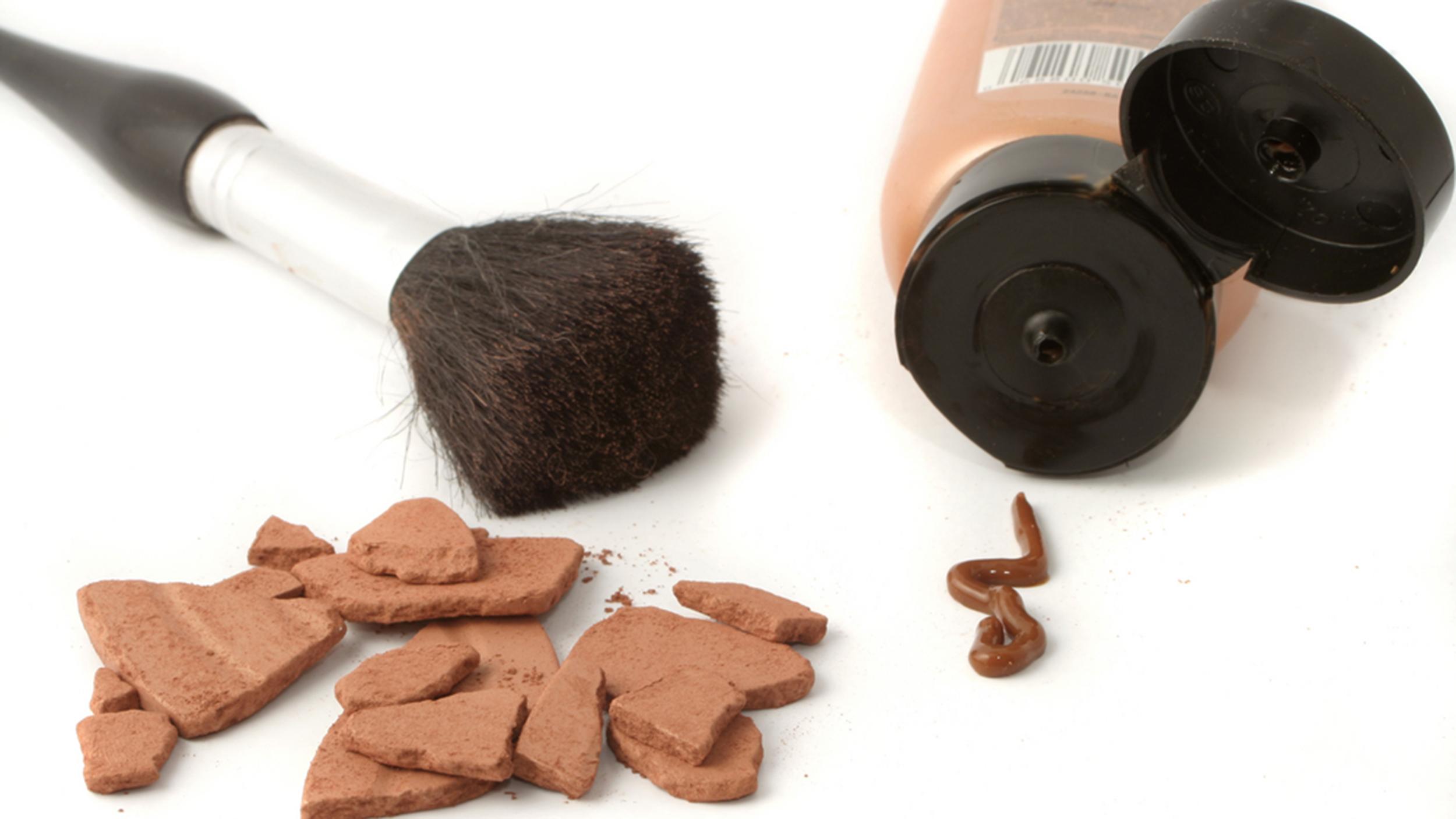 Self tanning brush