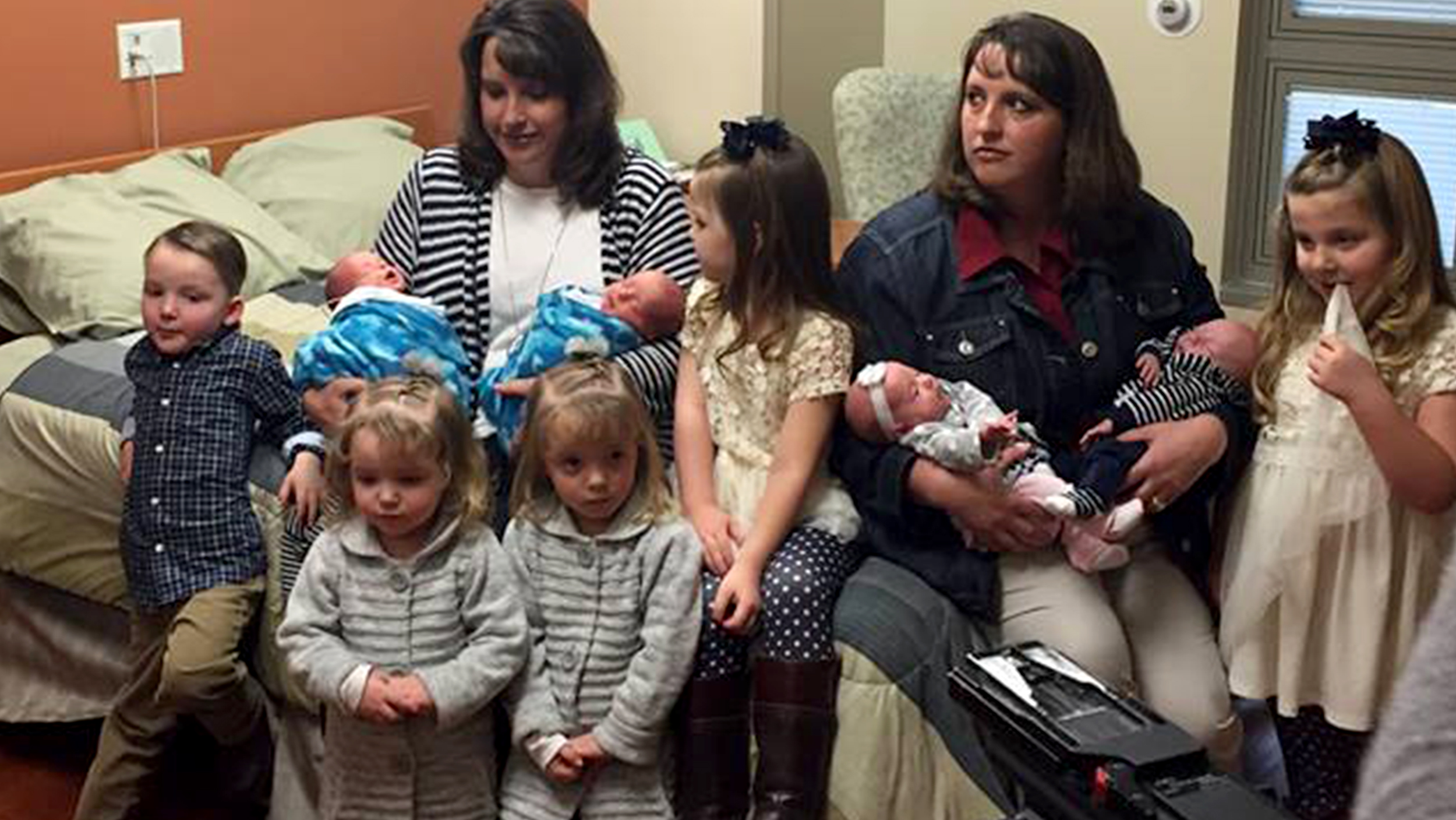 Identical twins each give birth to 2nd set of twins: 'Life