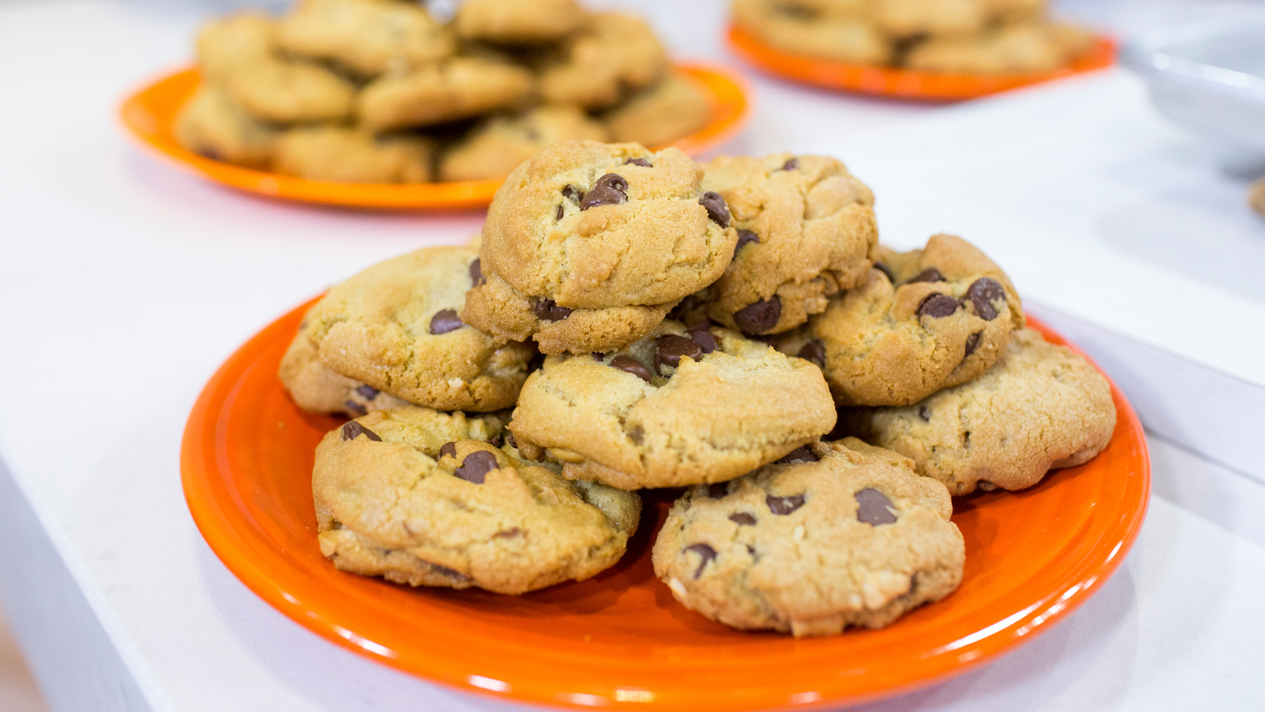 ... chocolate chunk cookies cashew cookies with brown butter frosting