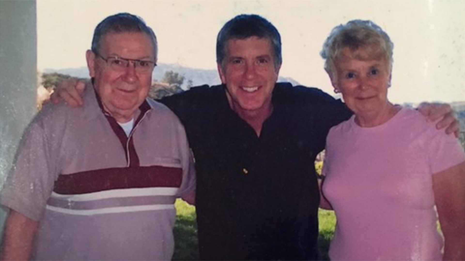 Tom Bergeron announces mother's death, 4 months after ...