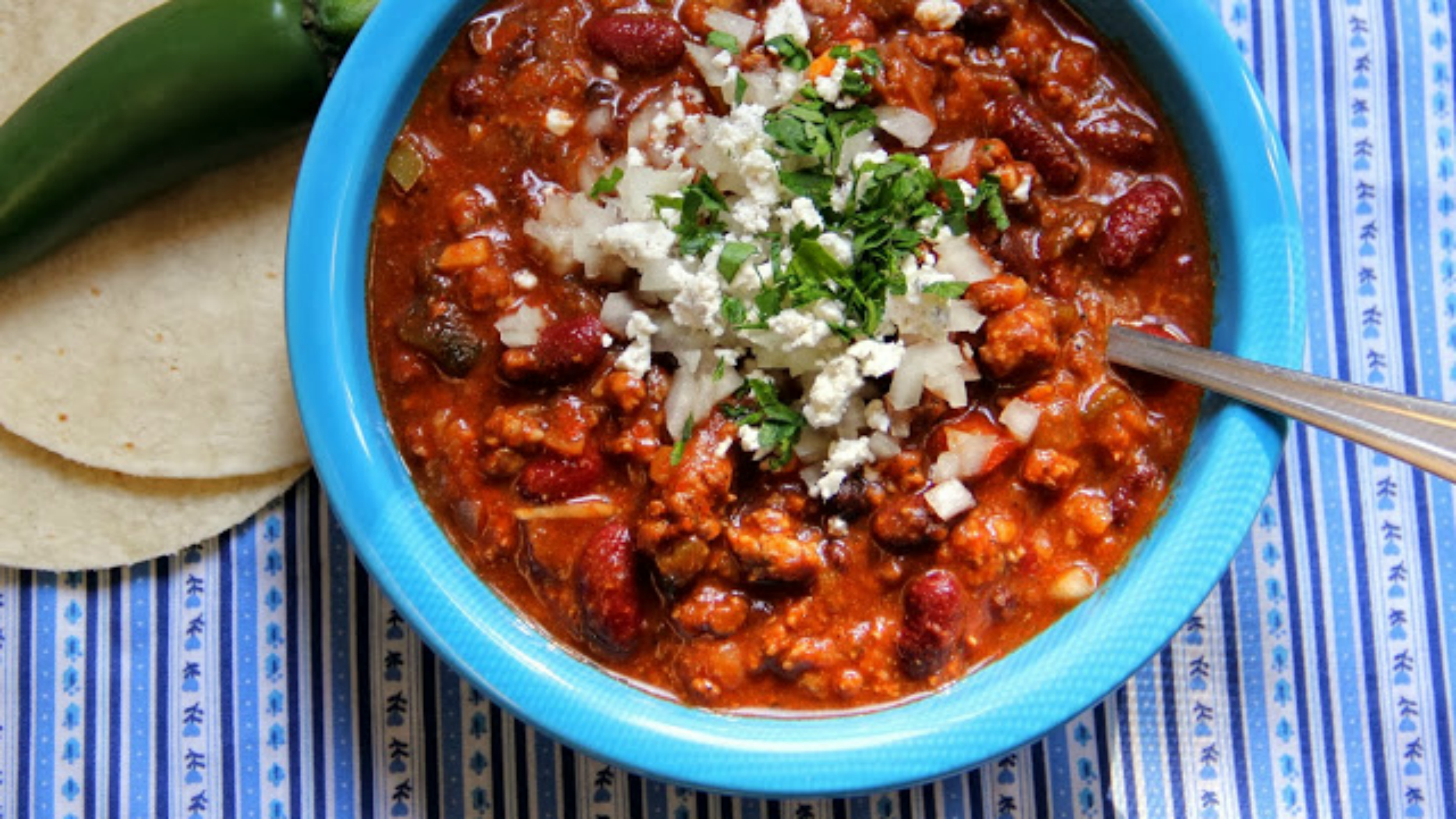 10 slow-cooker chili recipes to feed (and please) a crowd - TODAY.com