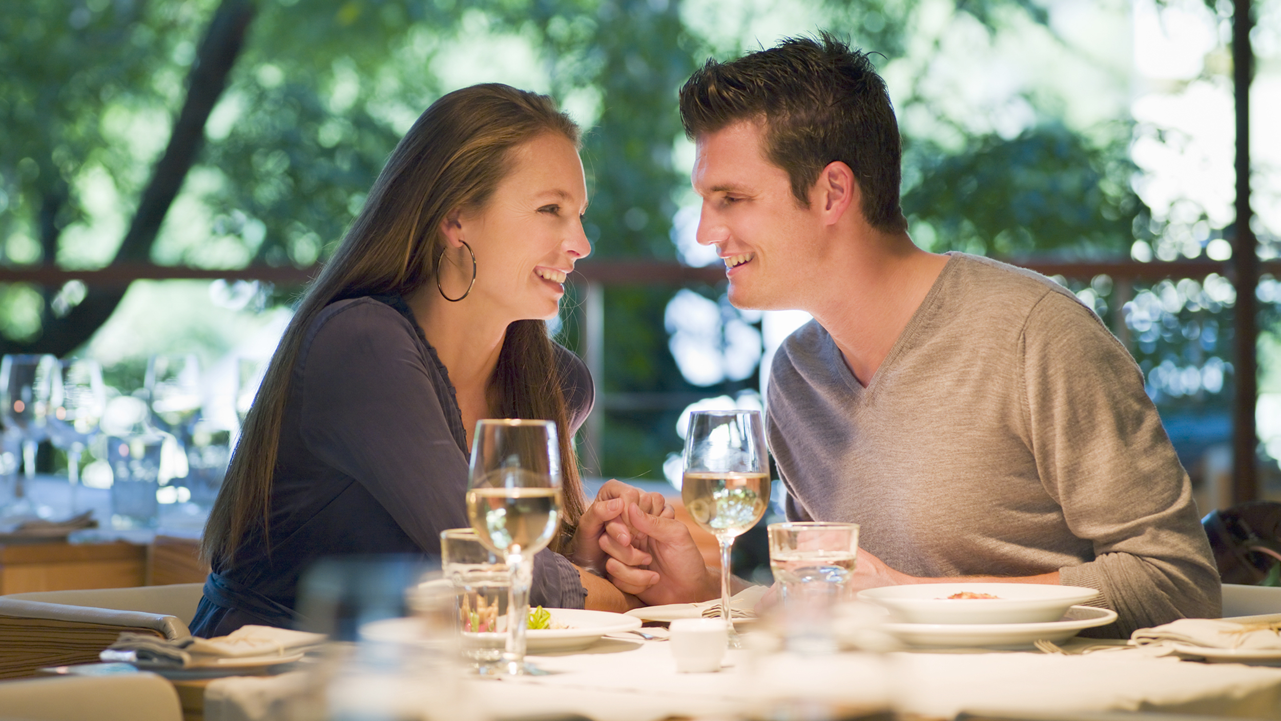 Geschwindigkeits-Dating-avantages in Konvénienten