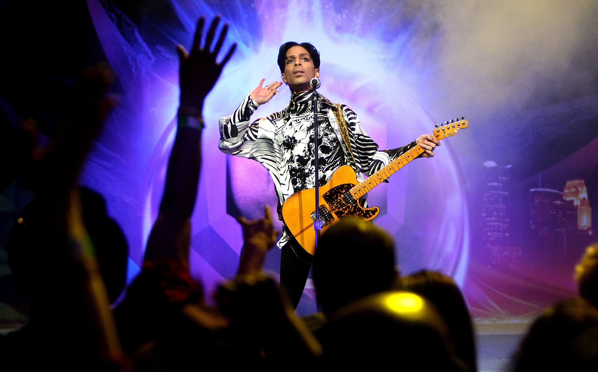 Prince fought big labels for ownership artistic control biocorpaavc Gallery