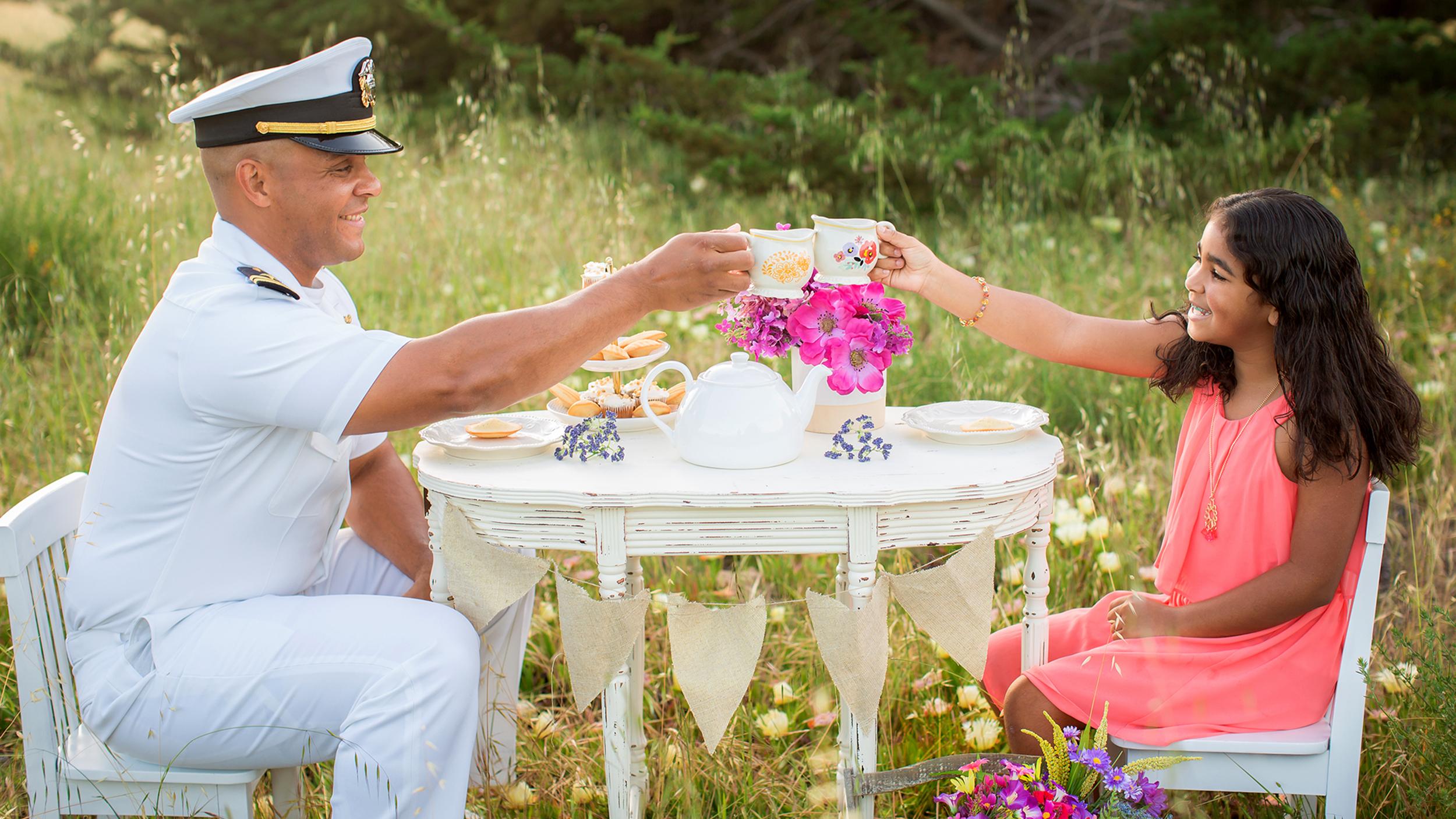 Tea party photos of mi... Gwyneth Paltrow Engaged