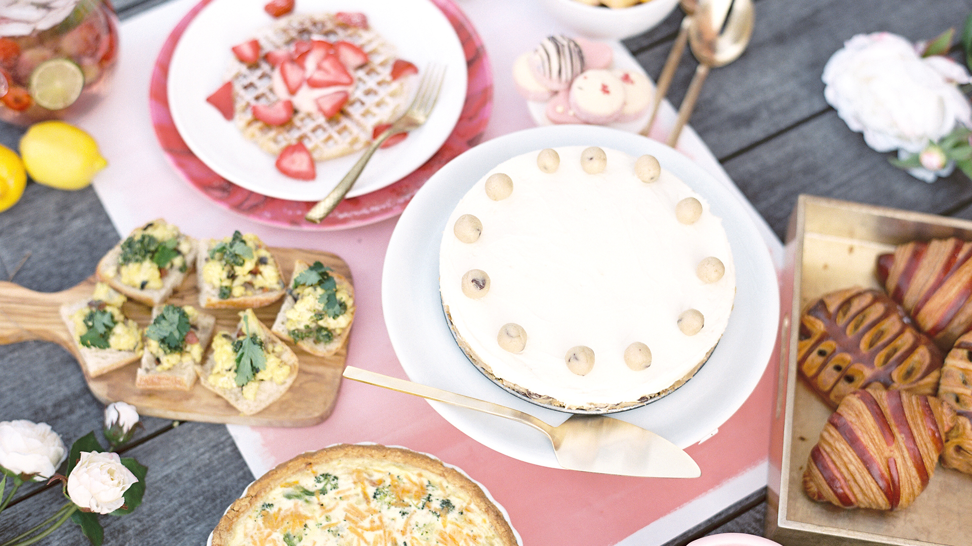 Mother\'s Day brunch recipes: Waffles, quiche, sangria and more ...