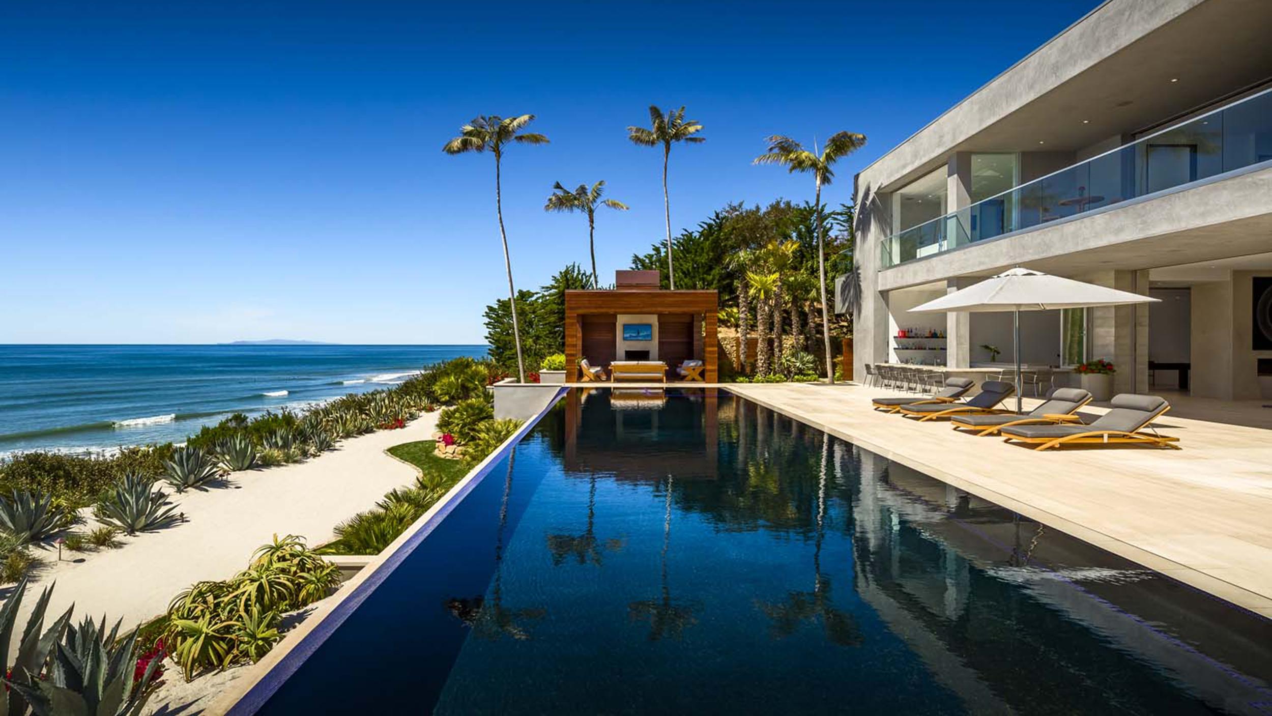 Take A Tour Inside A Beachfront Malibu Home Today Com