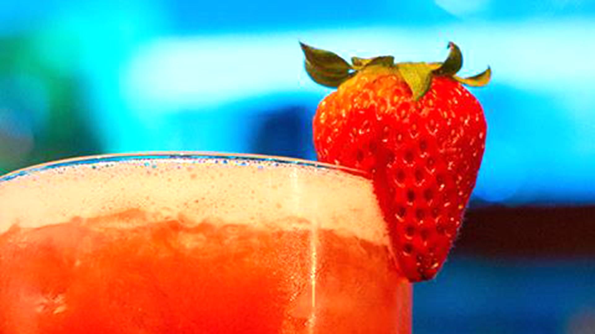 3-Ingredient Strawberry Margarita - TODAY.com