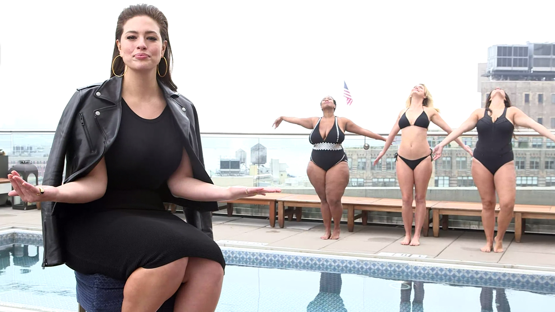 Special T Si >> Ashley Graham shares 5 tips for buying a swimsuit