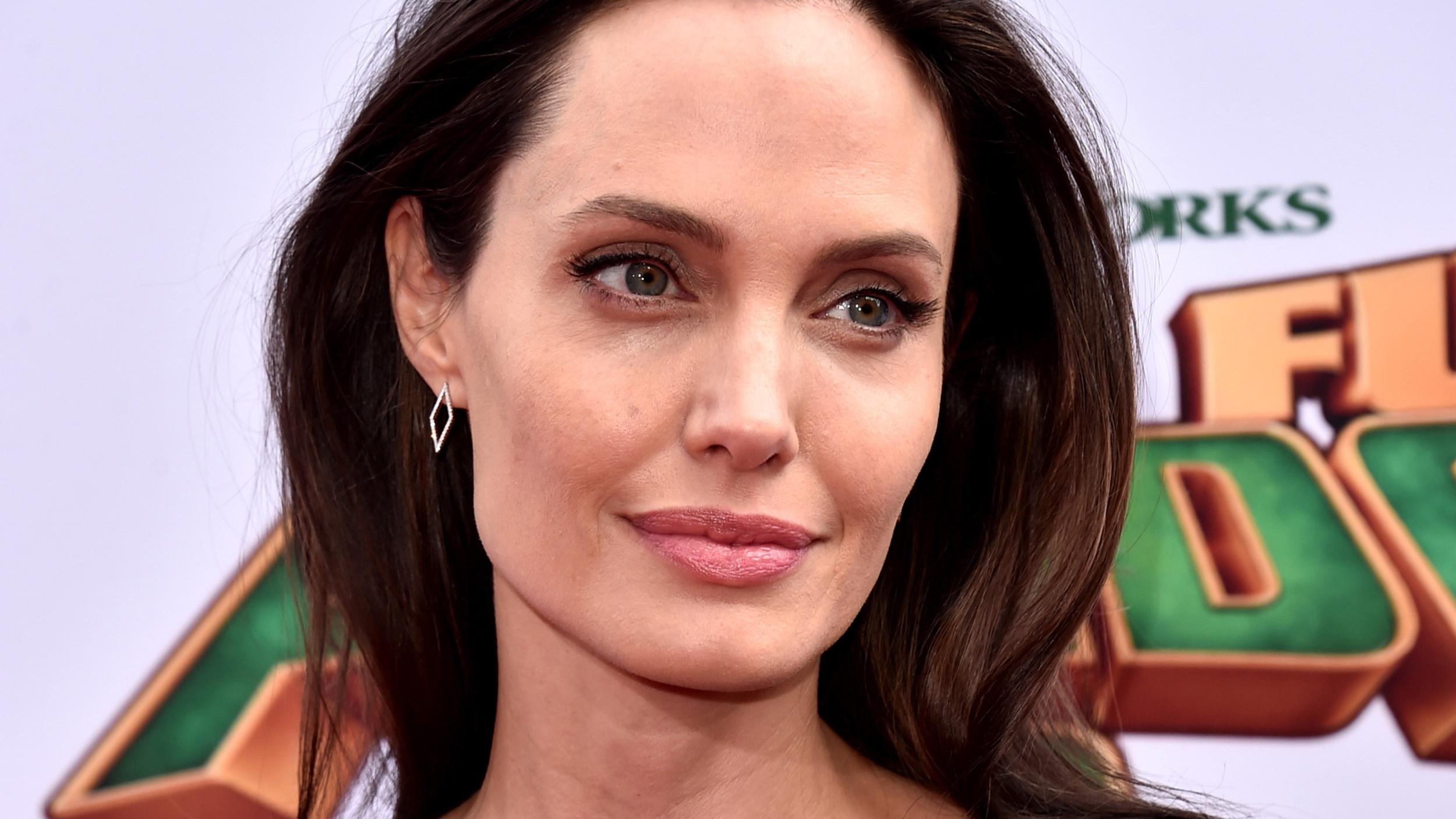 Professor Angelina Jolie? Actress set to teach at London ...