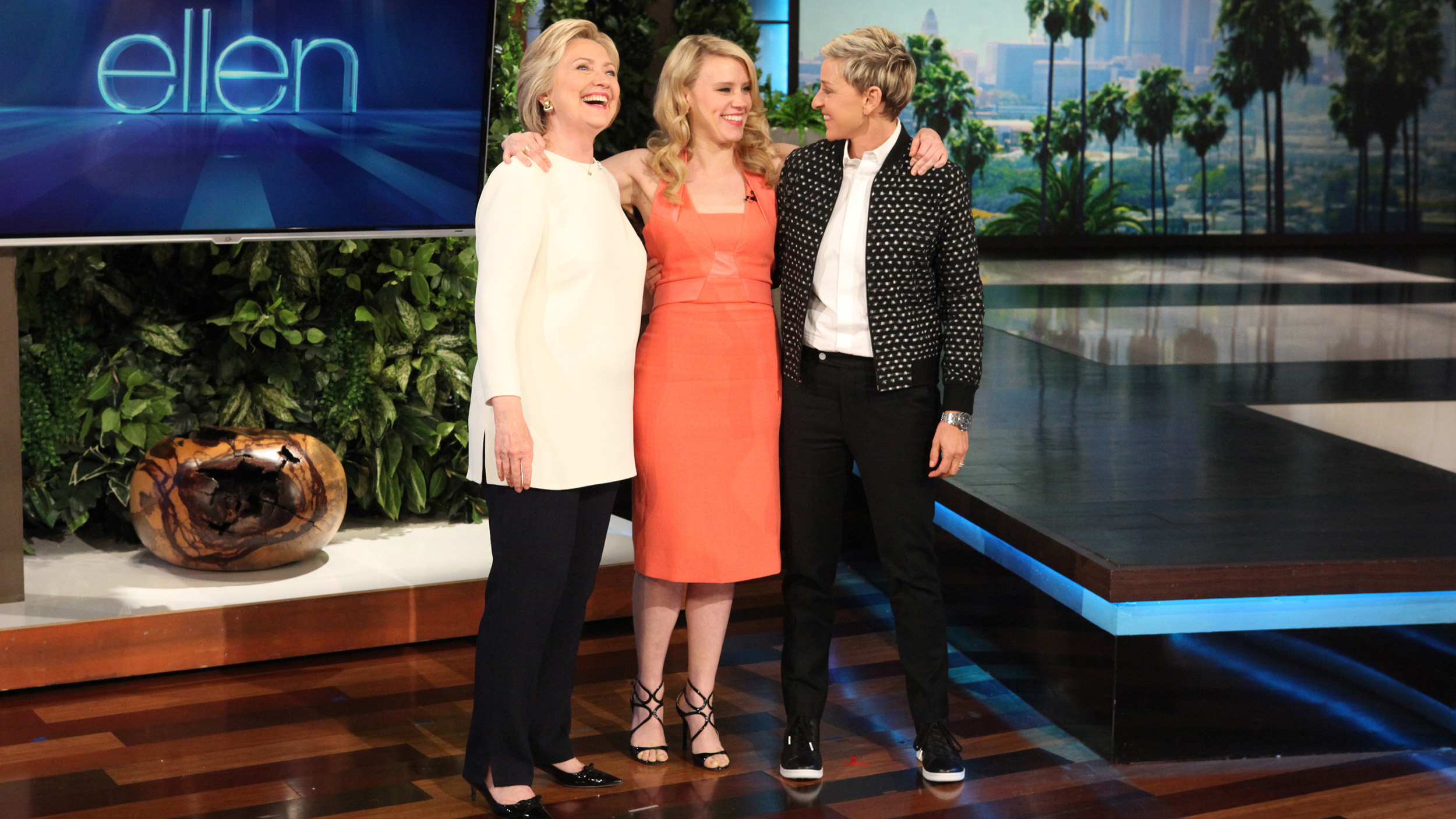 Kate Mckinnon >> Watch Kate McKinnon impersonate Ellen DeGeneres and ...