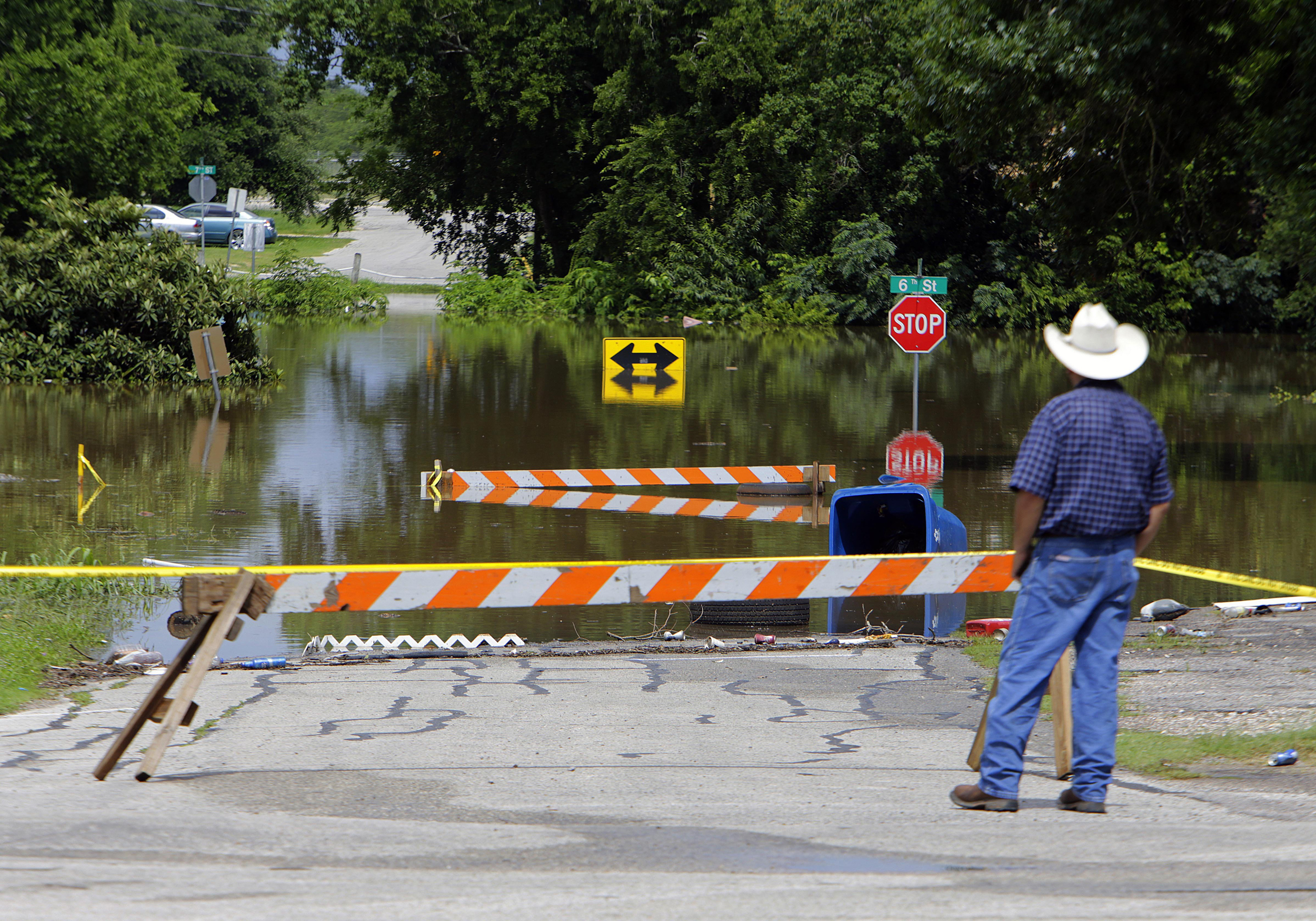 Record-High Floods Leave Thousands Displaced In Texas ...