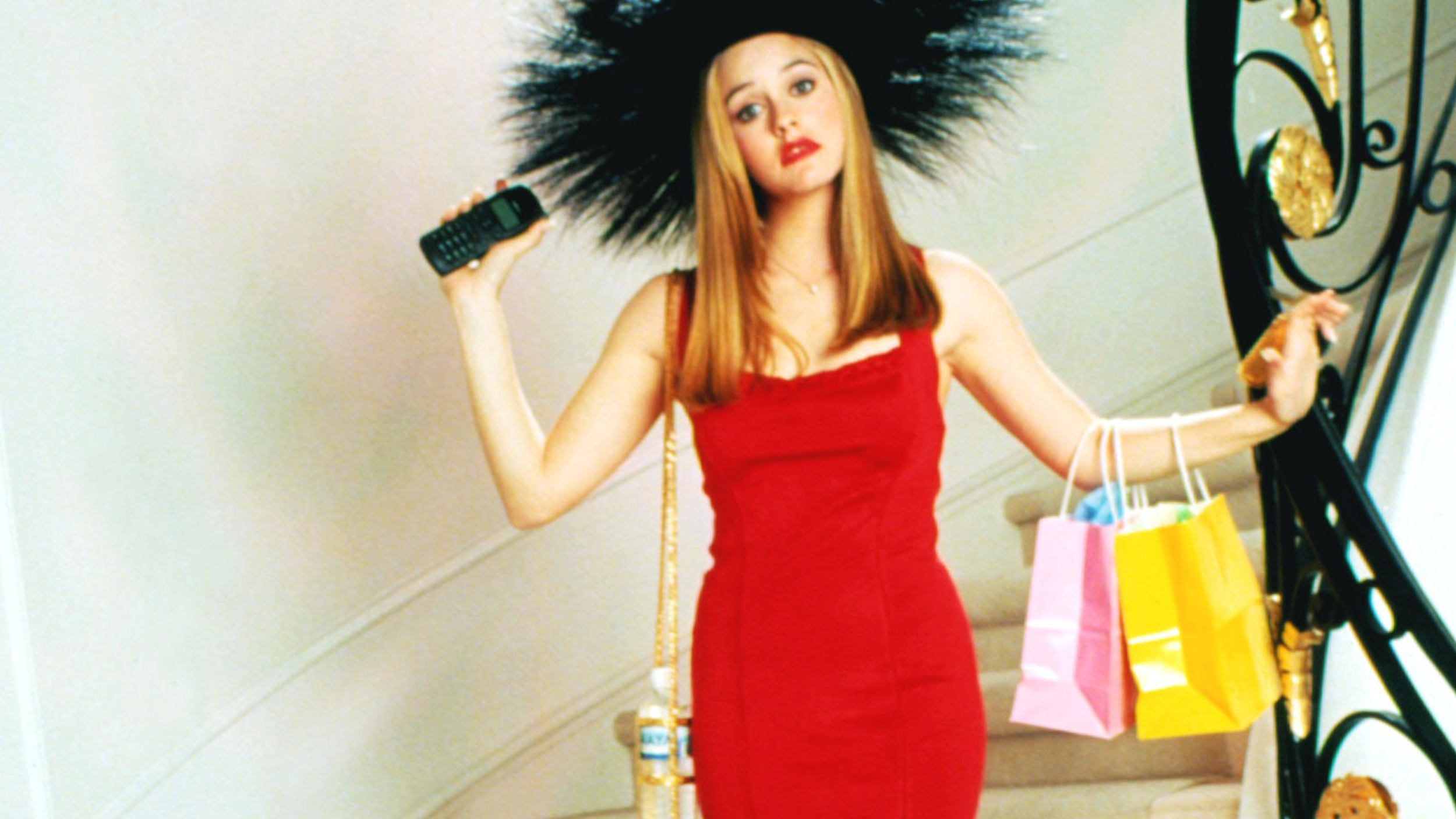 Alicia Silverstone Revives Iconic Clueless Look At The