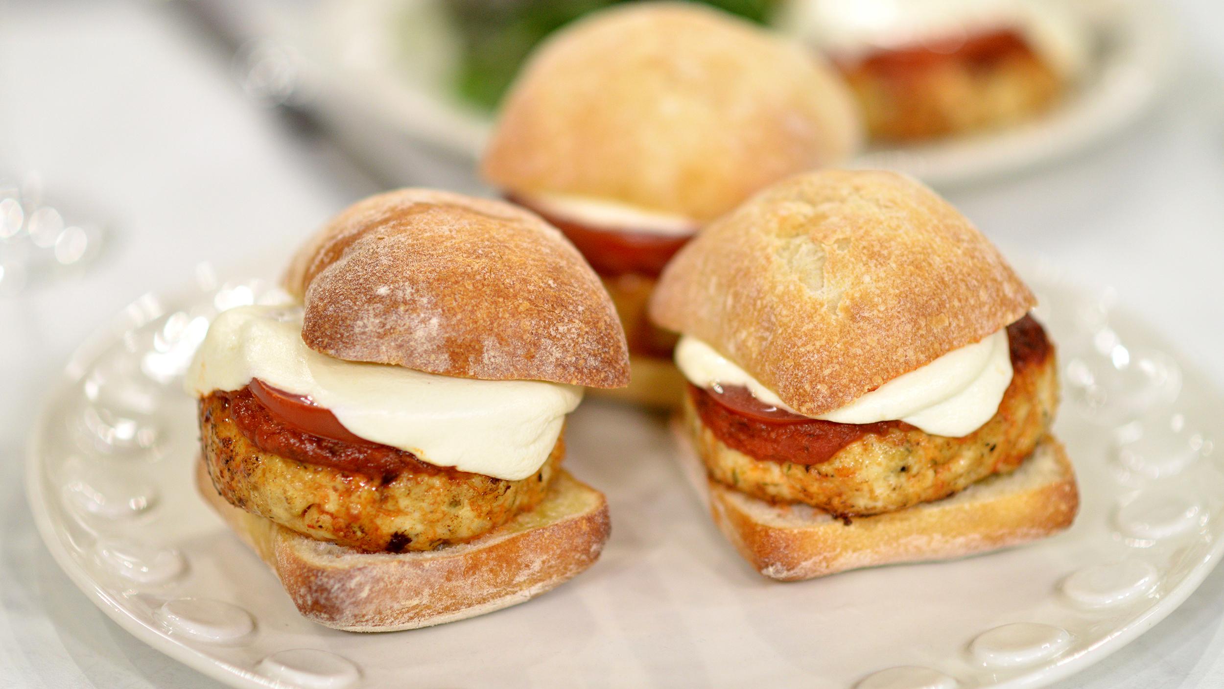 Chicken Parmesan Burgers - OmniFeed