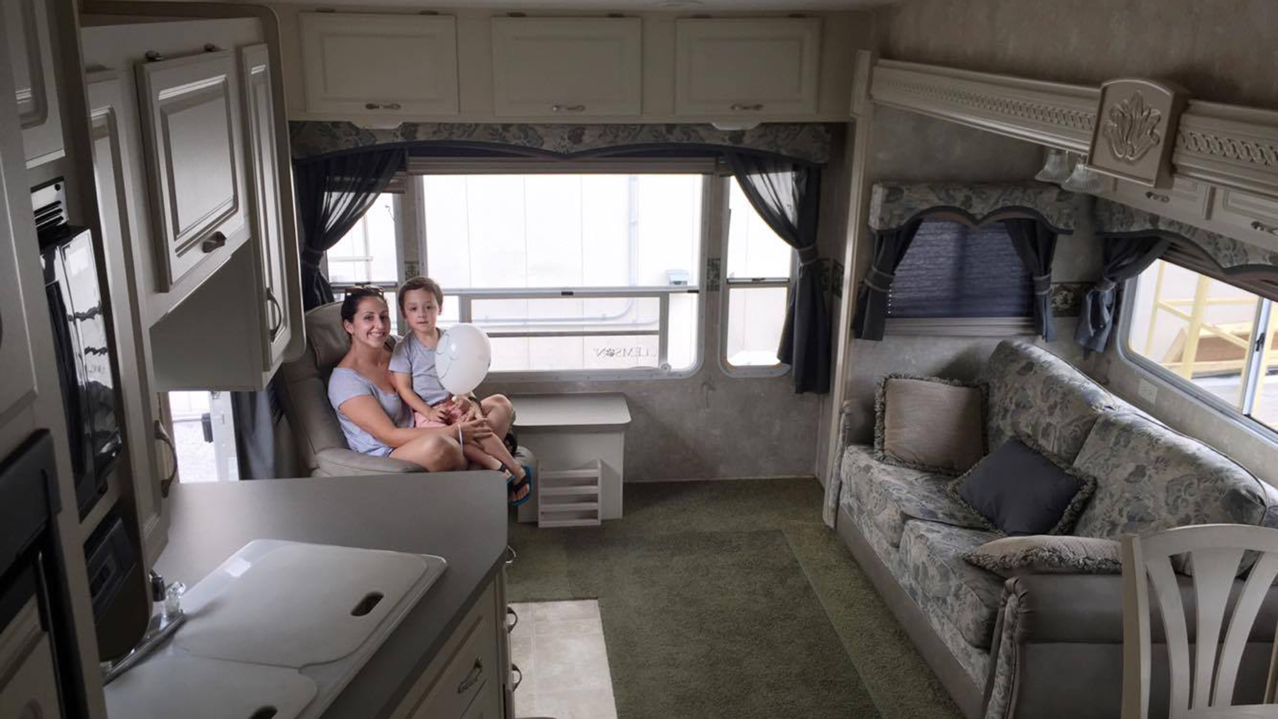 how to clean t he interior of an rv