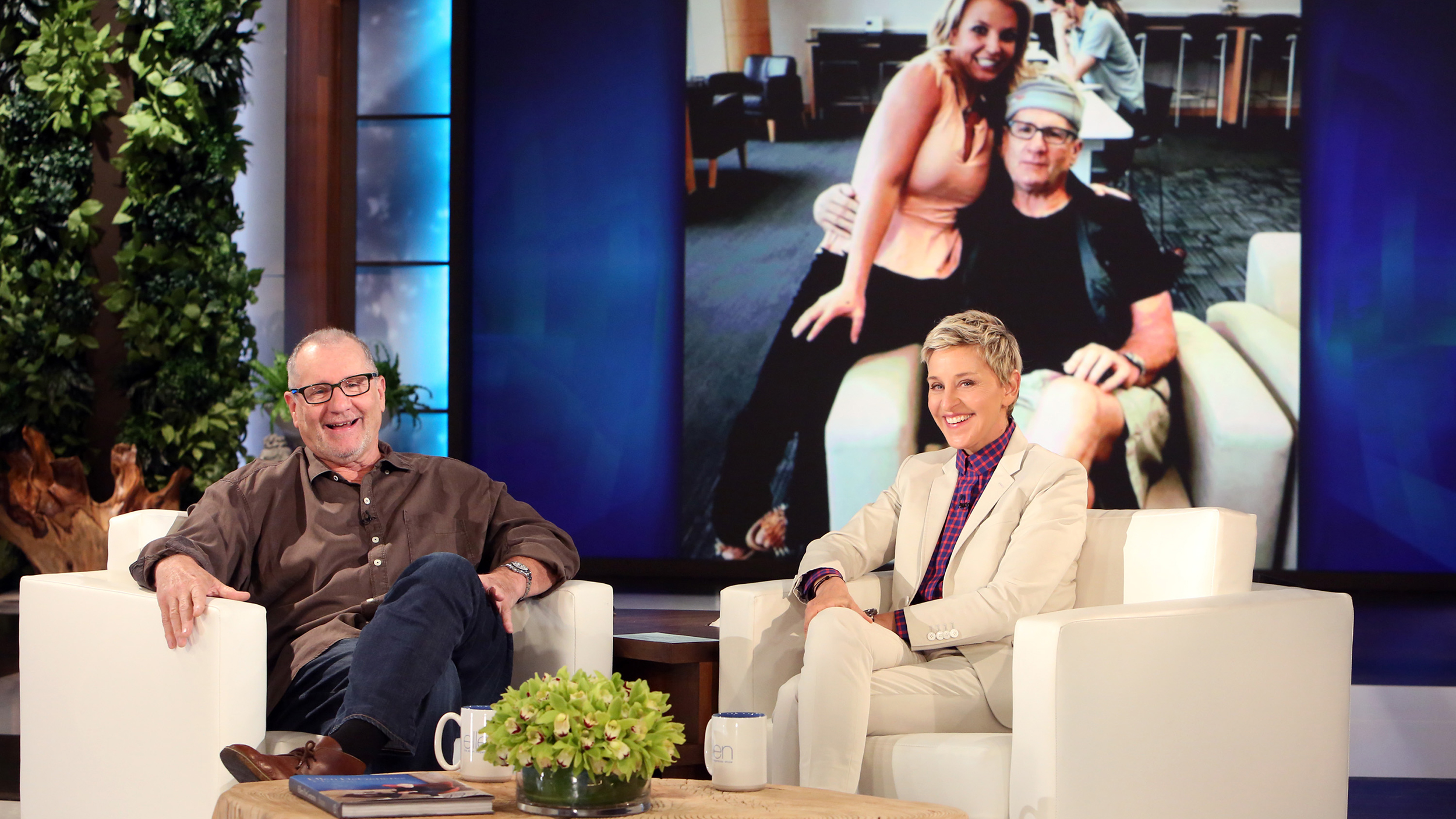 Ed O'Neill recalls the time he met Britney Spears — and ...