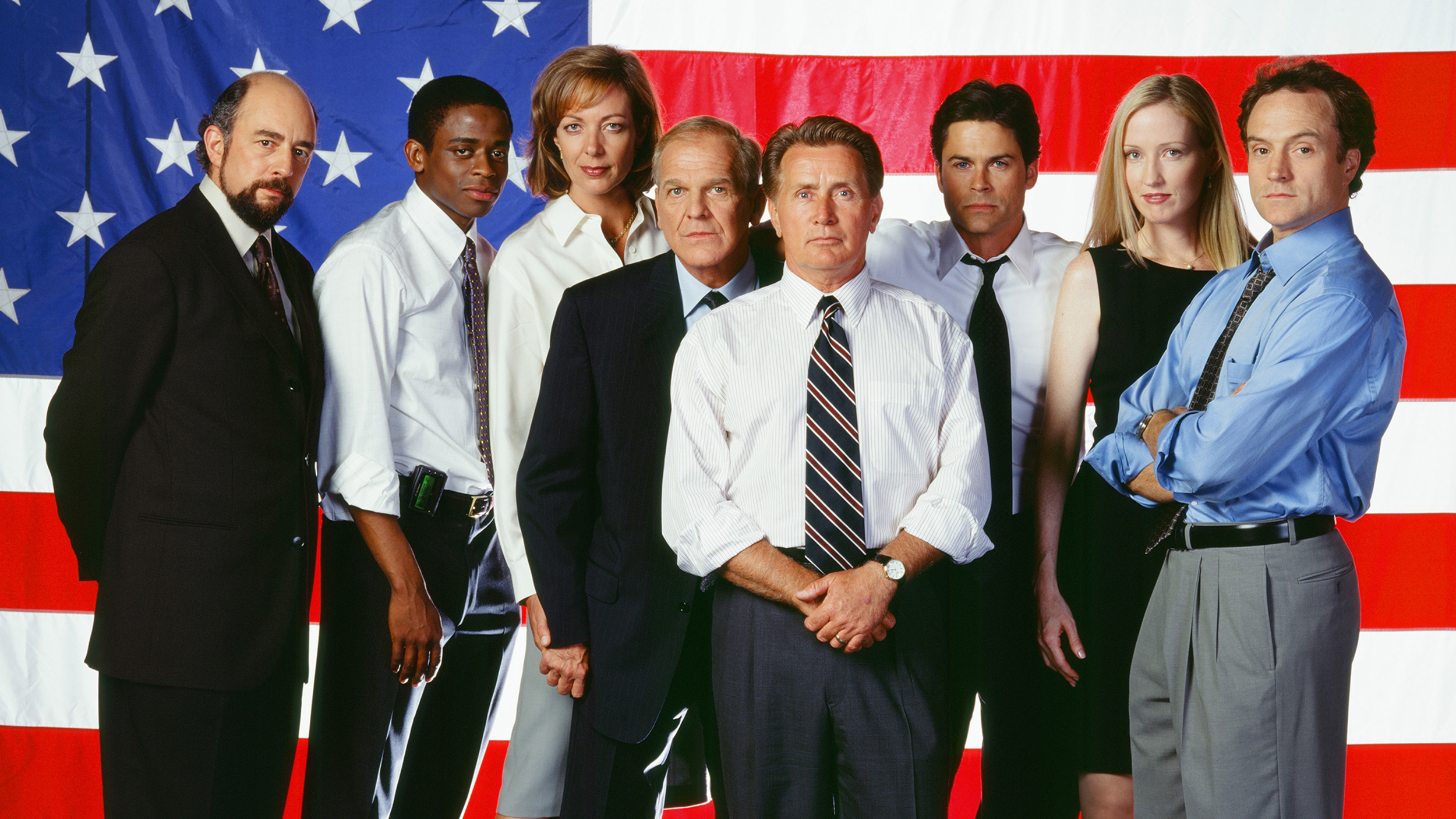 39 west wing 39 cast reunites reveals who president bartlet would endorse in 2016. Black Bedroom Furniture Sets. Home Design Ideas