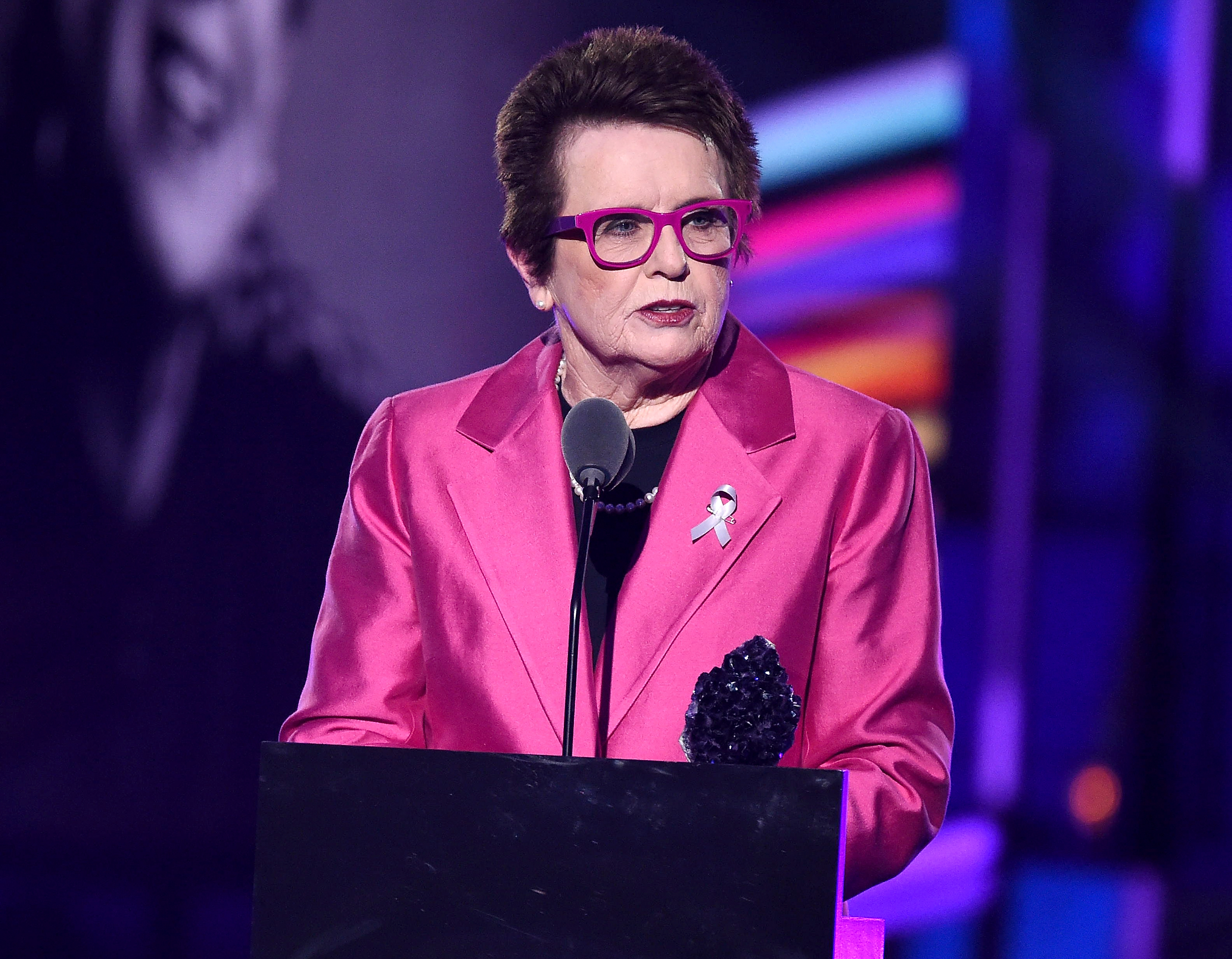 Honoree Billie Jean King speaking at the 2016 Logo's Trailblazer Honors