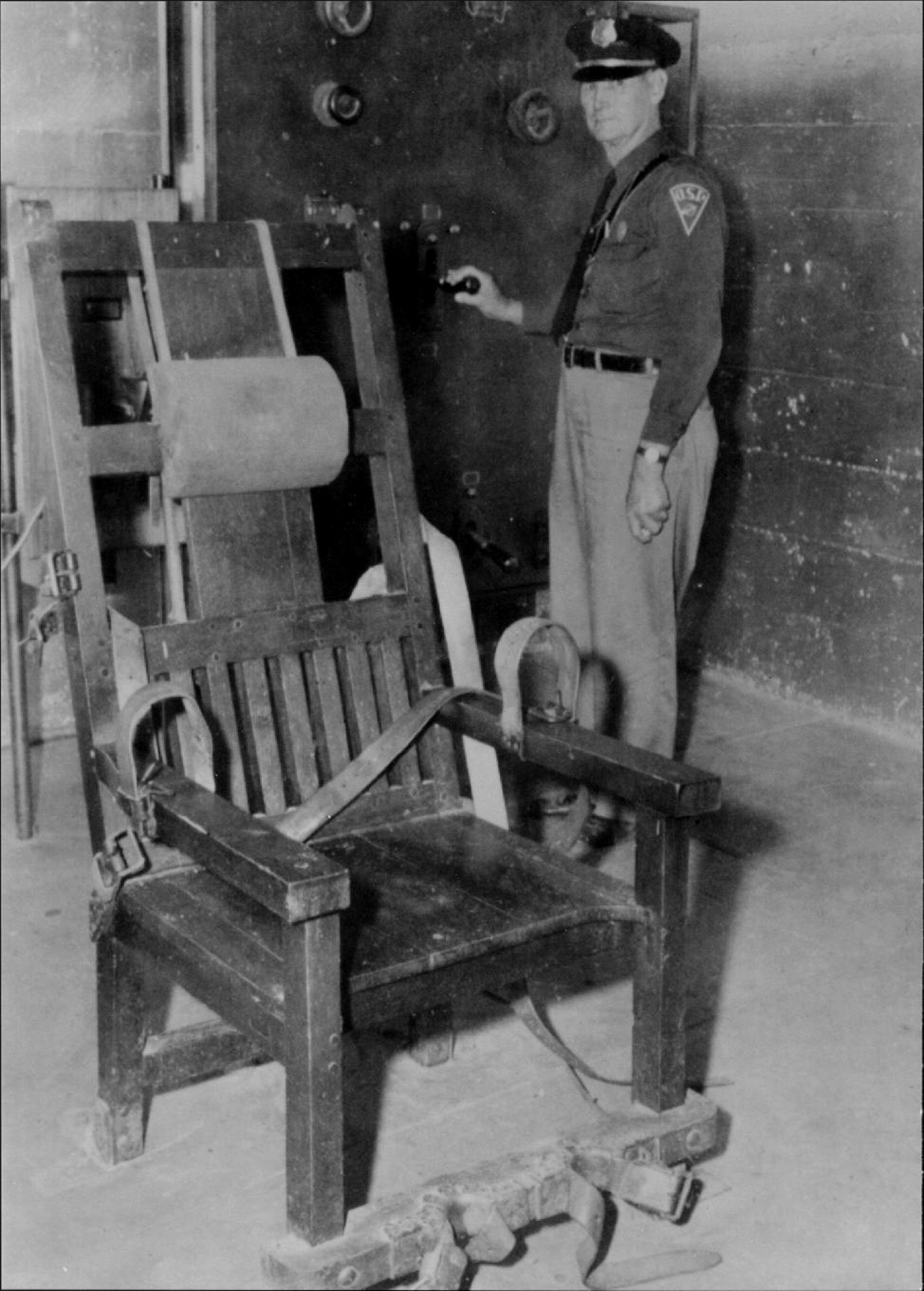 Fine City In Oklahoma Renews Fight For Old Sparky Electric Cjindustries Chair Design For Home Cjindustriesco