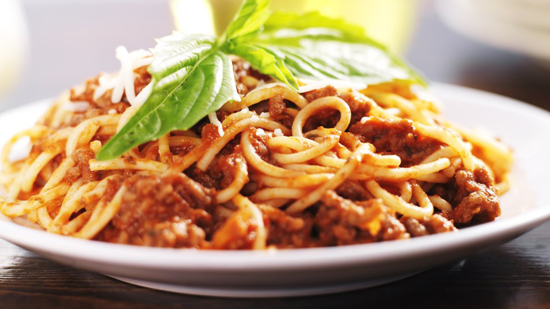 Don't skip the spaghetti! New study says pasta not fattening ...
