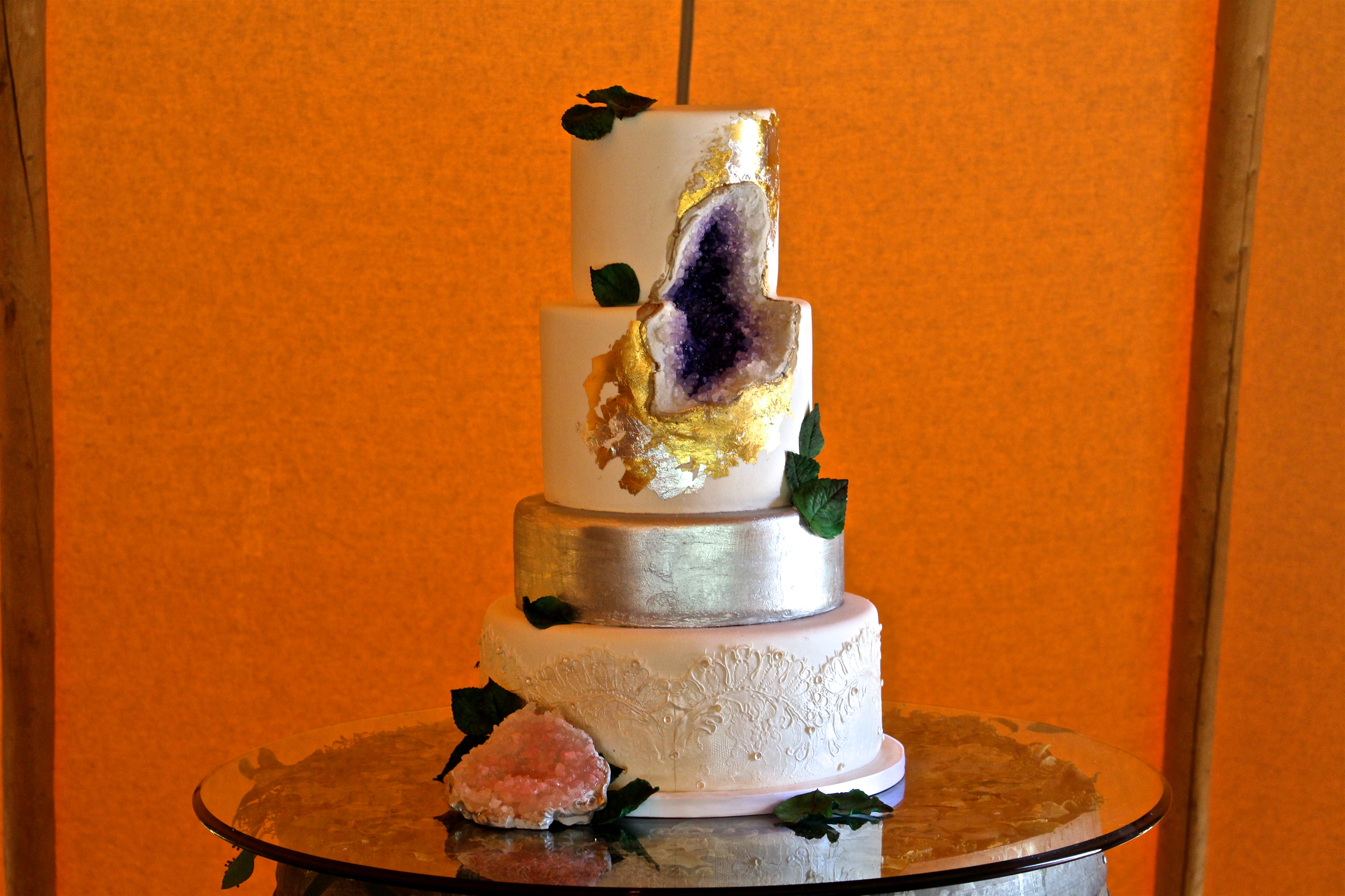 Wedding Cakes That Rock Geode Cakes Are Trendy And Gorgeous
