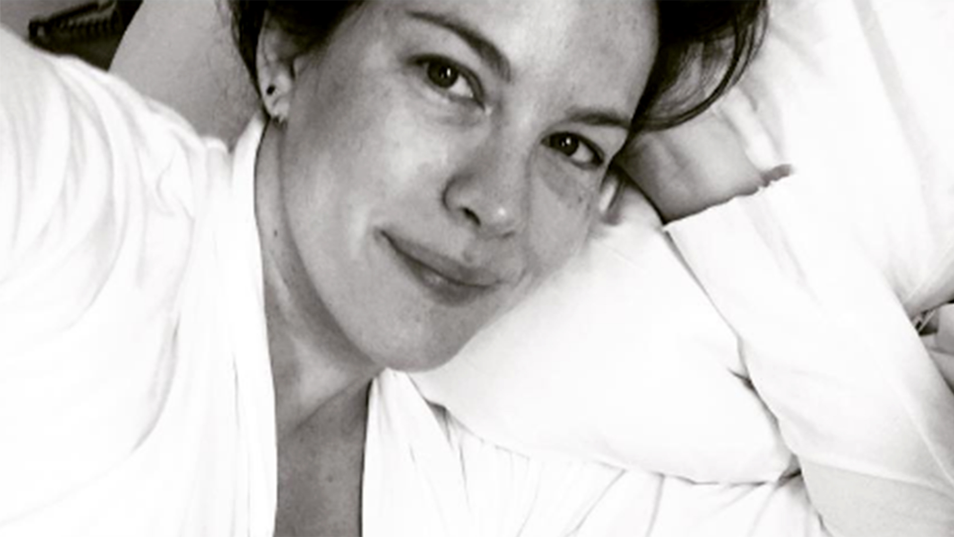 Liv Tyler on post-baby body pressure: 'Just be kind to ... Liv Tyler