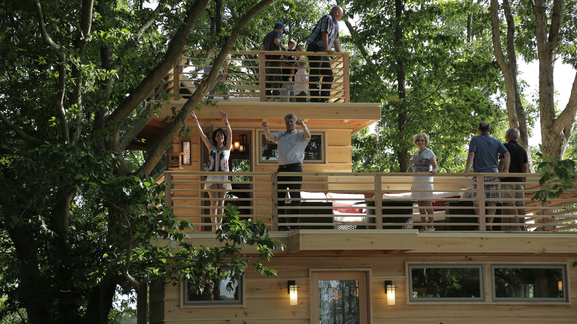 treehouse masters frank lloyd wright inspired treehouse. Black Bedroom Furniture Sets. Home Design Ideas