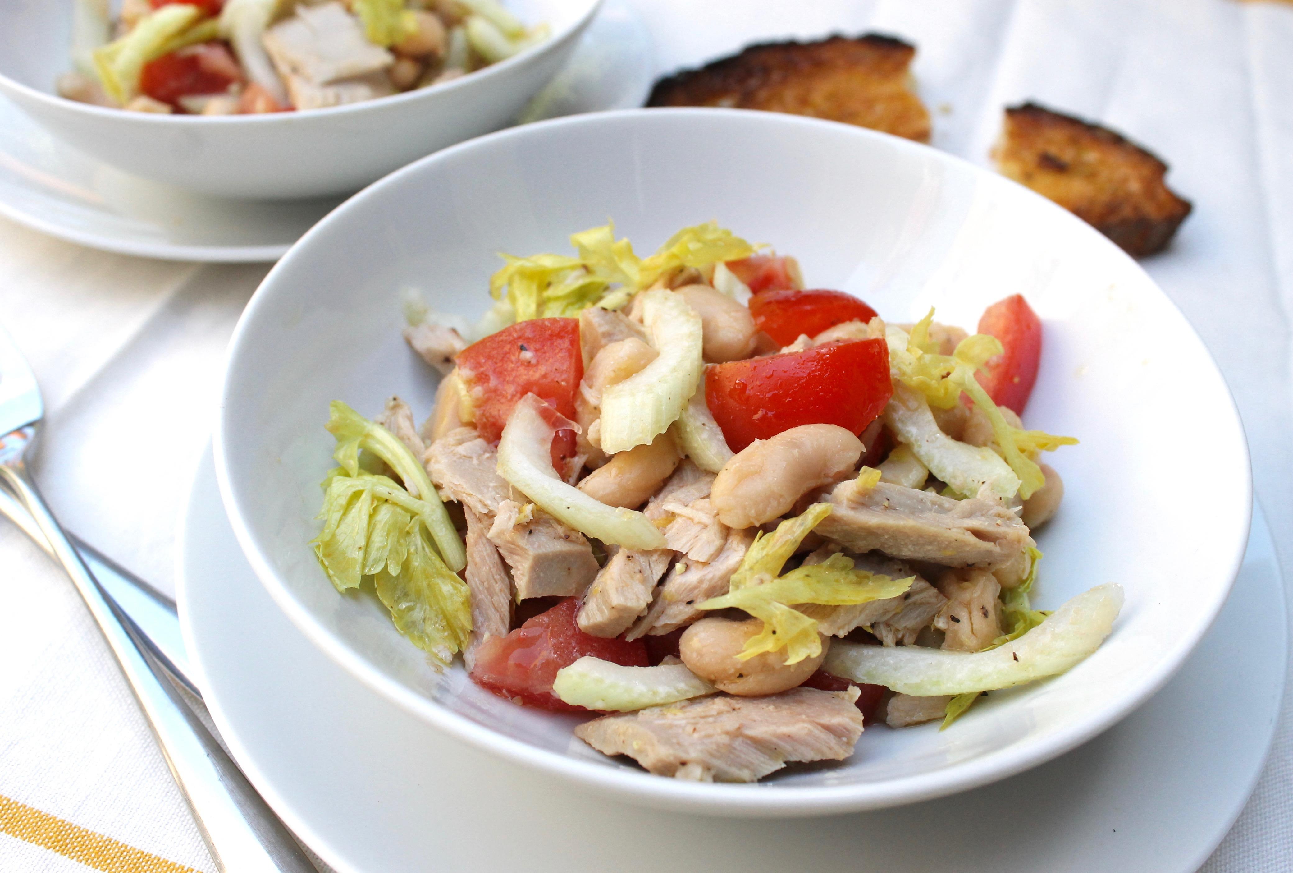 5 ingredient italian style tuna salad for Tuna fish salad recipe