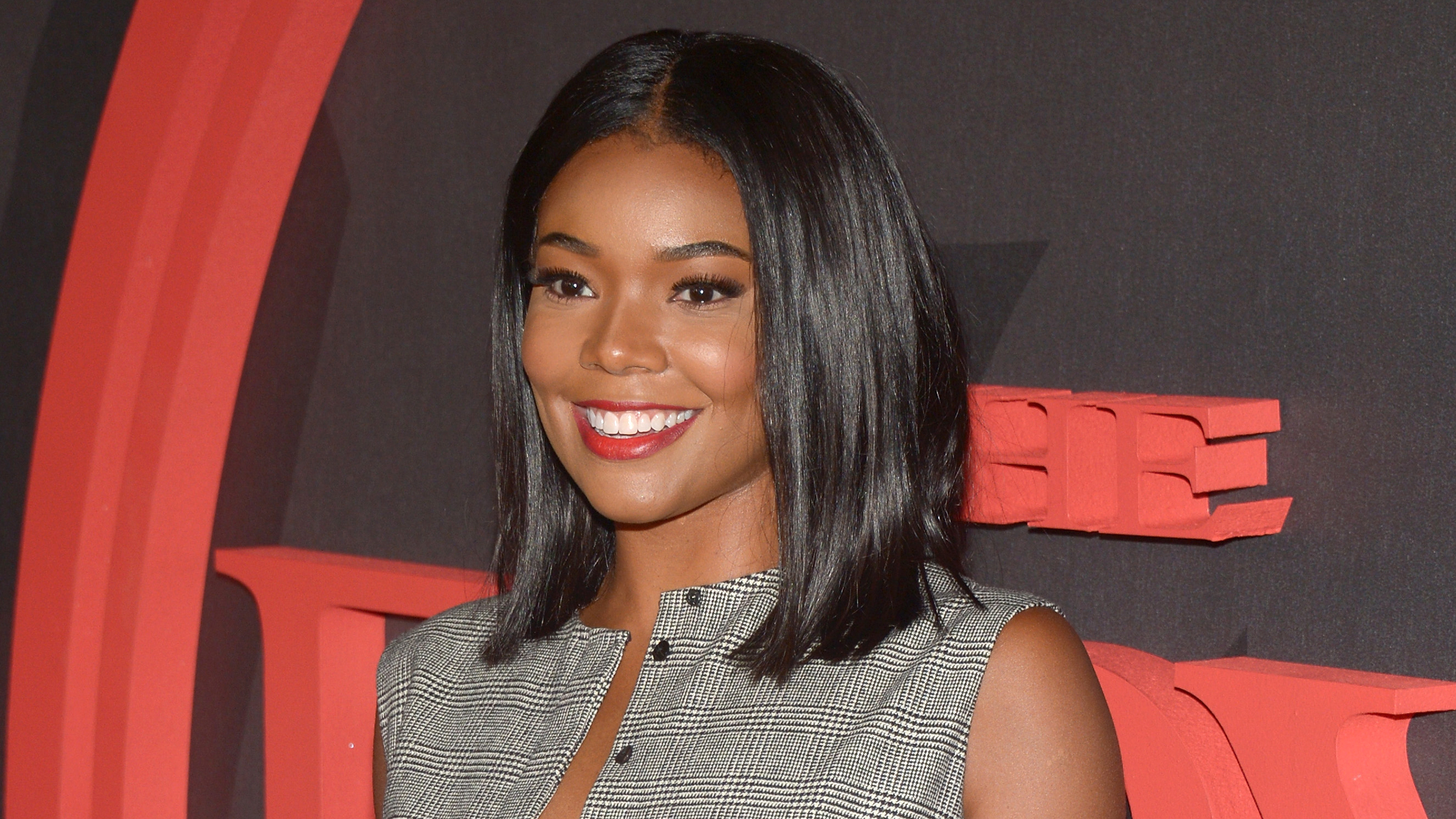 Gabrielle union is a blonde see her gorgeous new look pmusecretfo Choice Image