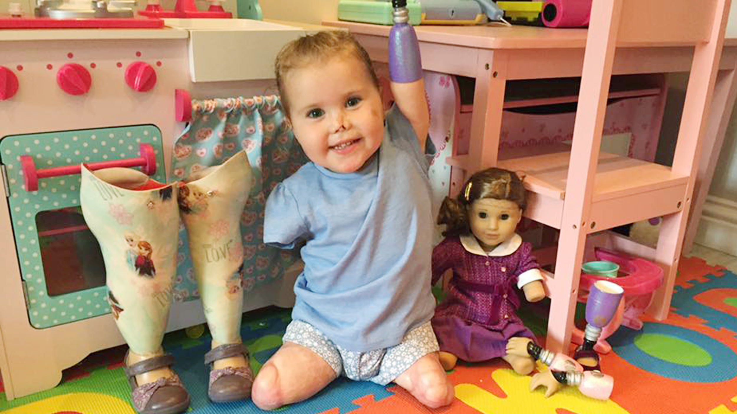 Toddler Bedroom Set Quadruple Amputee 2 Gets Look Alike American Girl Doll