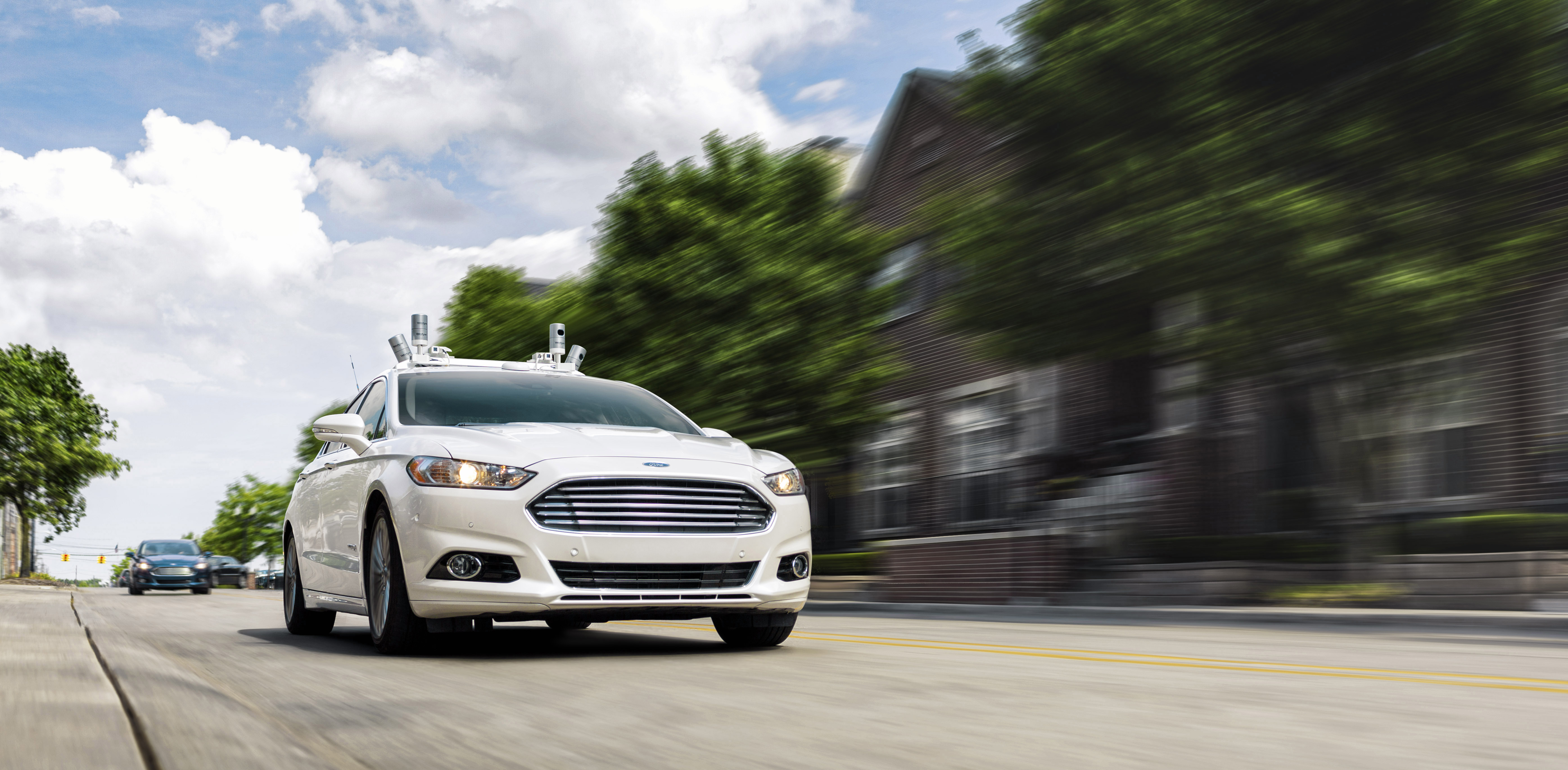 Ford Fusion: Using the telephone - Vehicles Without: Navigation System