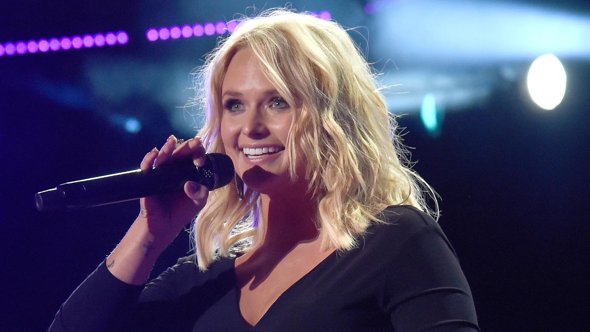 Miranda Lambert Accepts Fans Marriage Proposal With One Condition