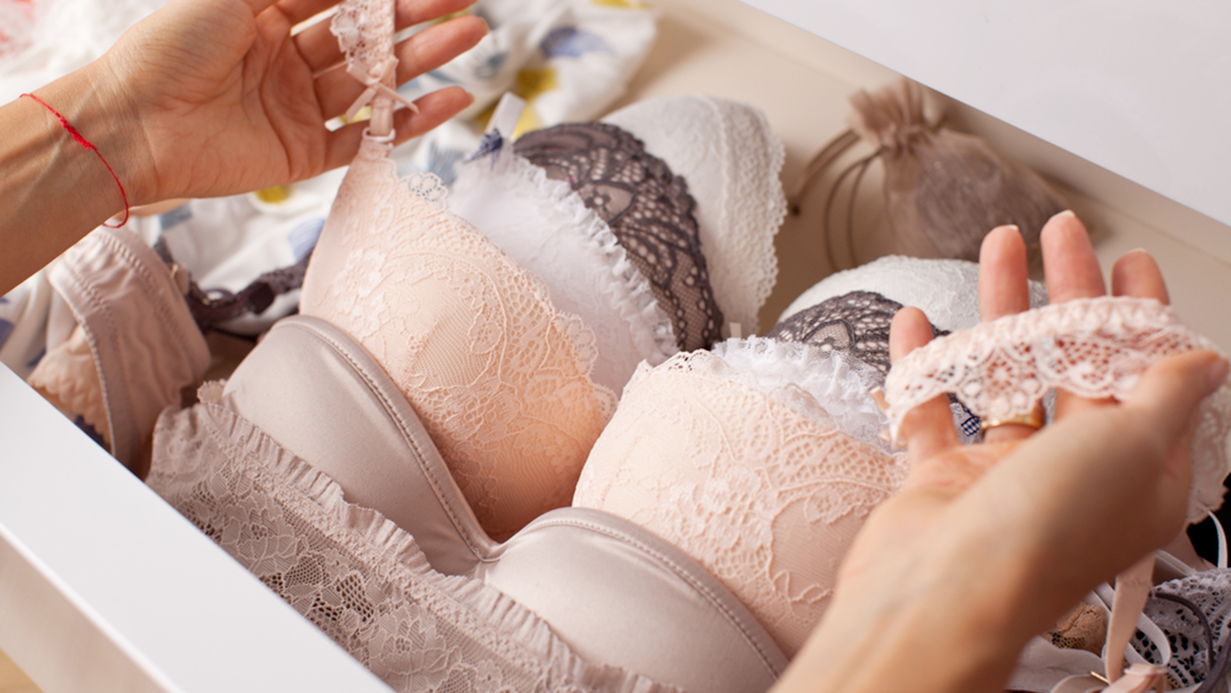 She cut an old bra and got the thing needed by almost every girl