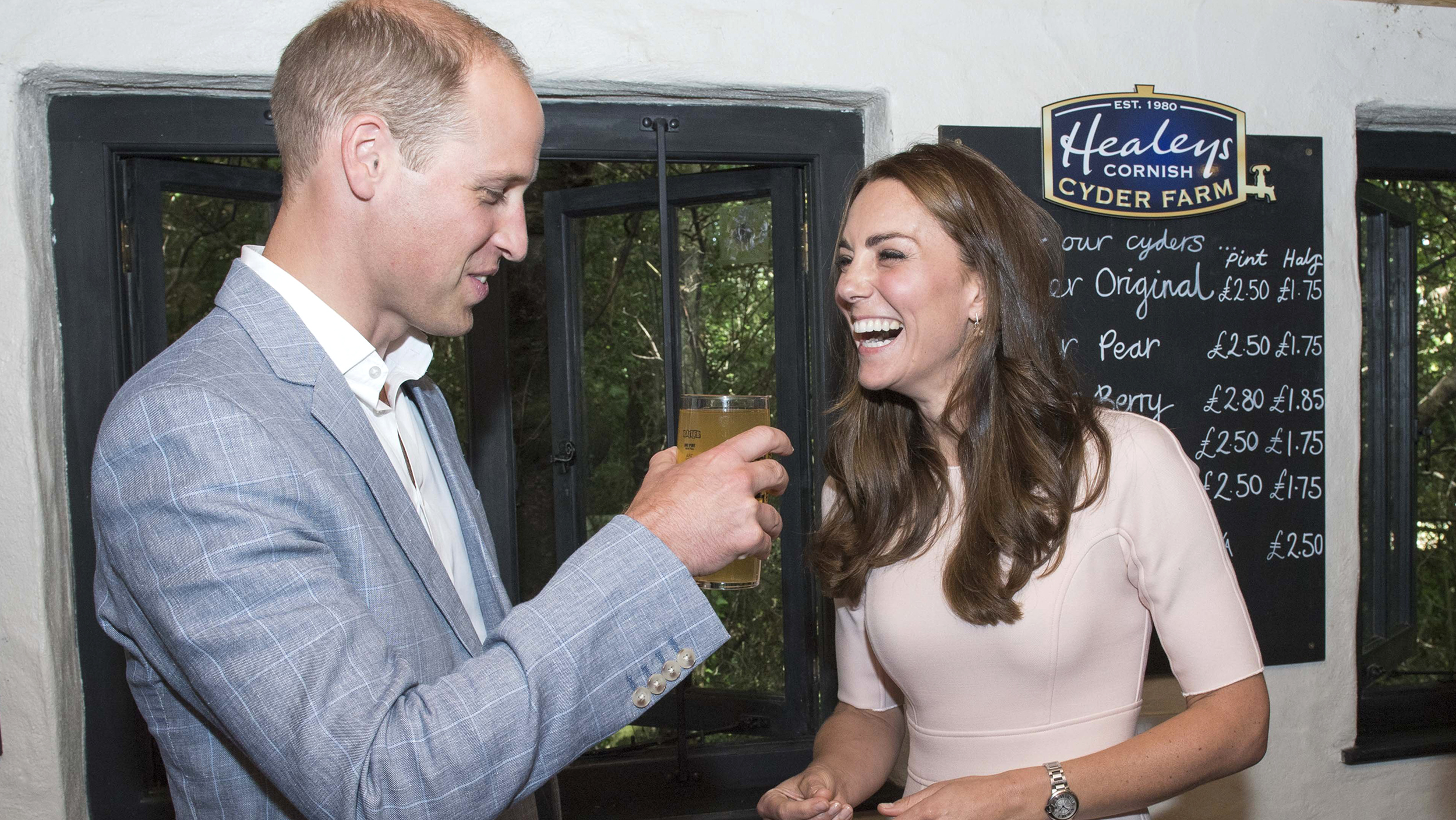duchess kate  prince william give life advice  pour a pint
