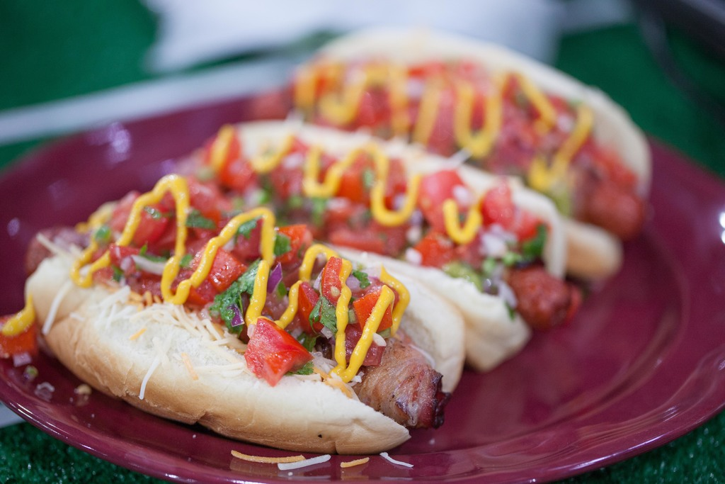 how to make a sonoran hot dog