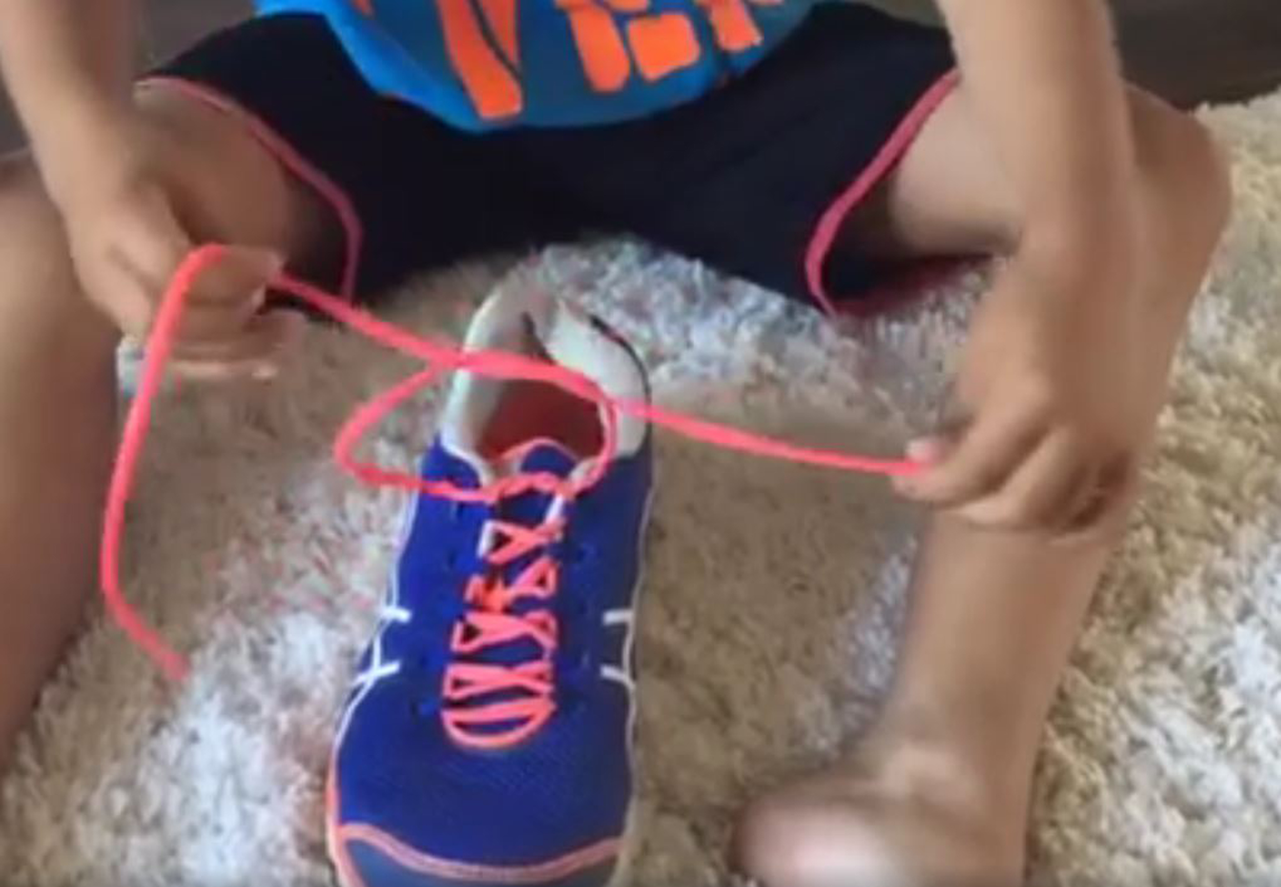 Mom S Video Of How To Tie Shoelaces Goes Viral Today Com